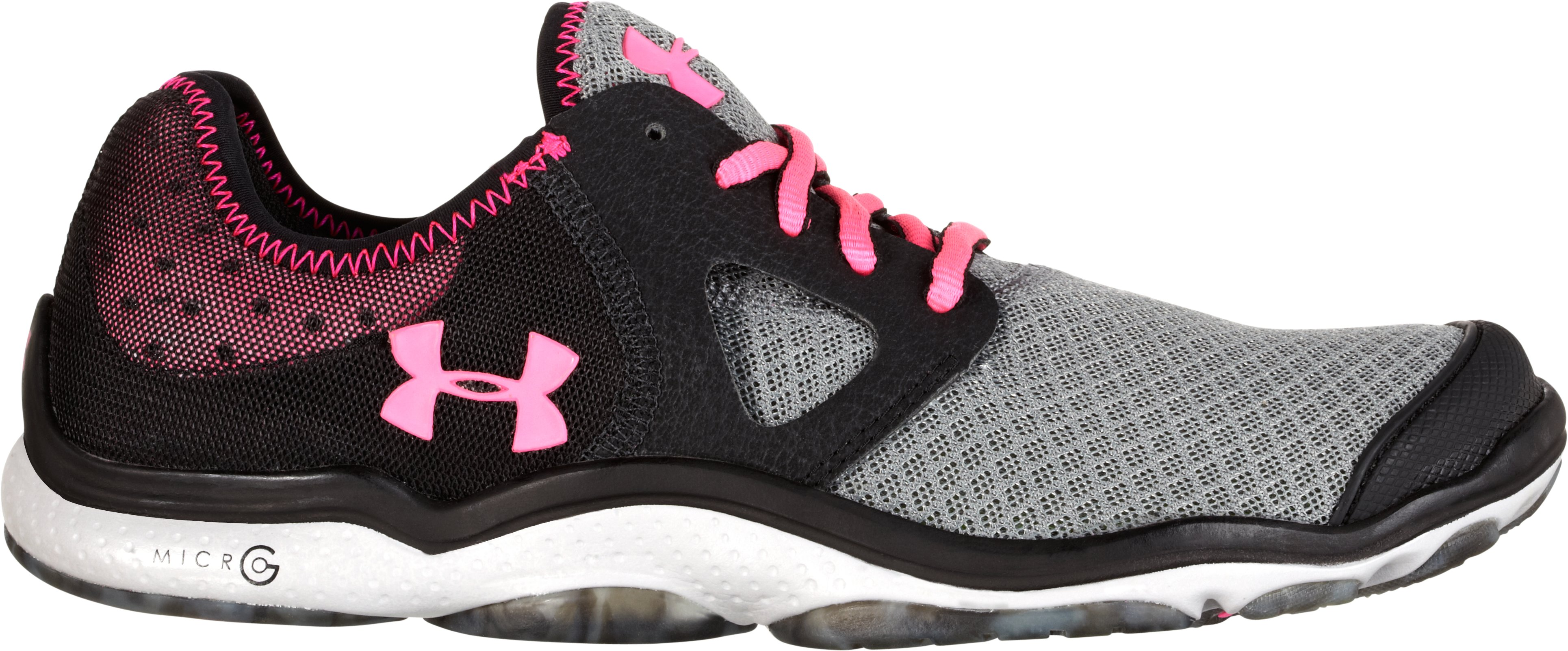 Women's UA Toxic 6 Outdoor Shoes, Black , zoomed image