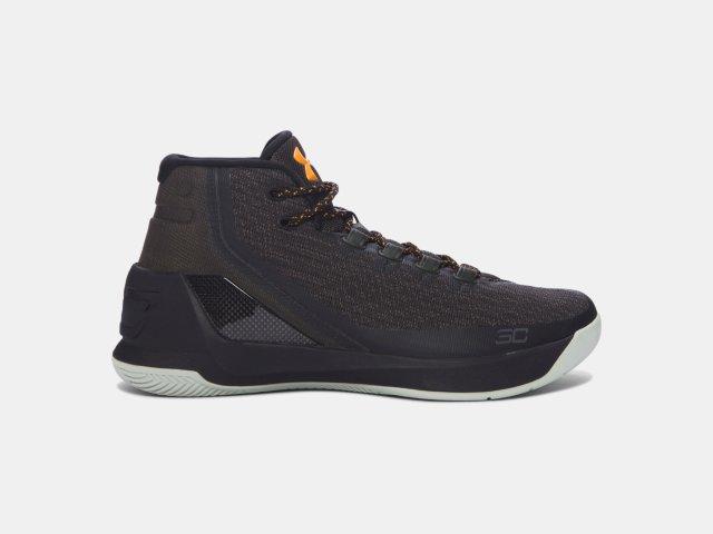 d3f39988ddc1 Men s UA Curry 3 Basketball Shoes