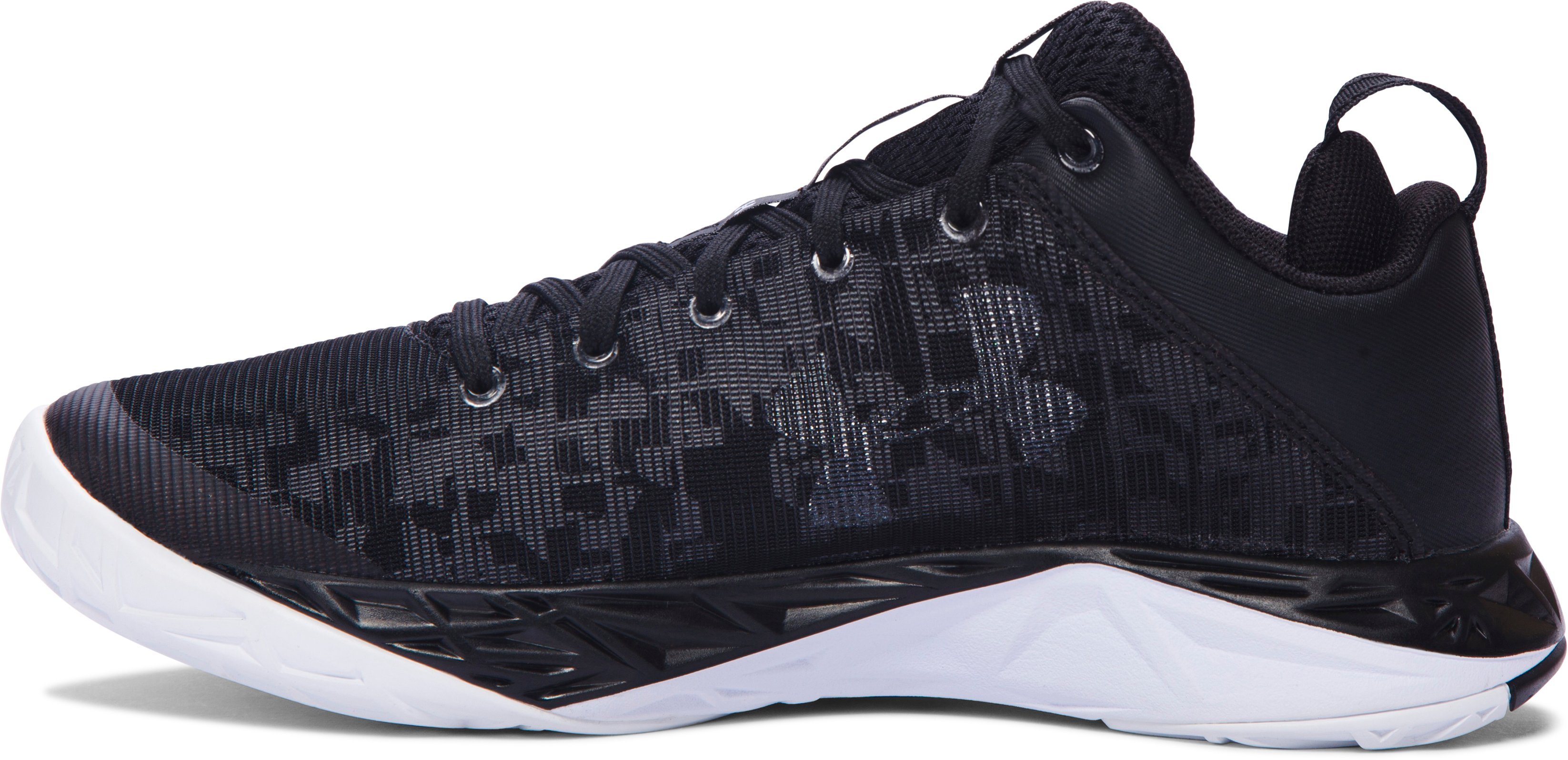 Boys' Grade School UA Fireshot Low Basketball Shoes, Black ,