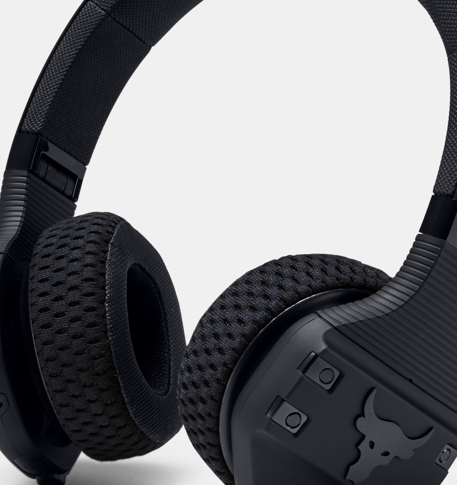 Ua Sport Wireless Train Headphones Project Rock Edition Under Armour