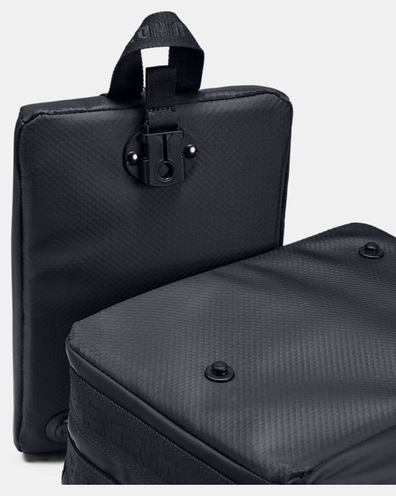 UA Tunnel Bag, Black, pdpMainDesktop image number 3