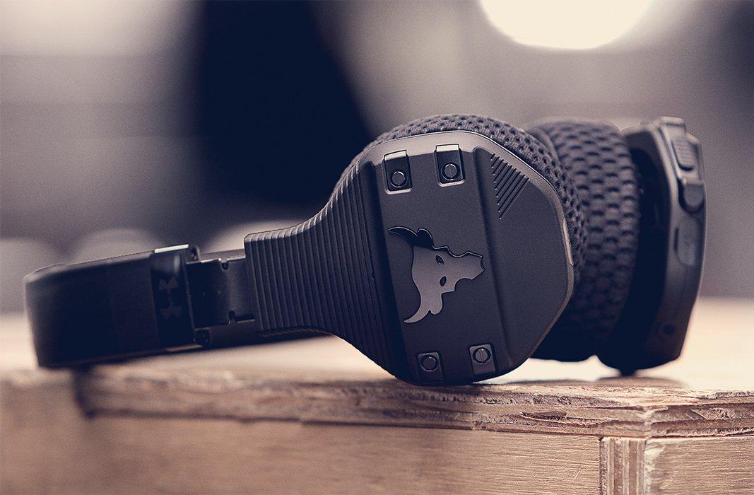 połowa ceny przemyślenia na temat jak kupić UA Sport Wireless Train Headphones — Project Rock Edition