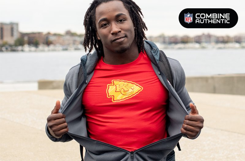 kareem hunt wearing a kansas city nfl combine authentic tee