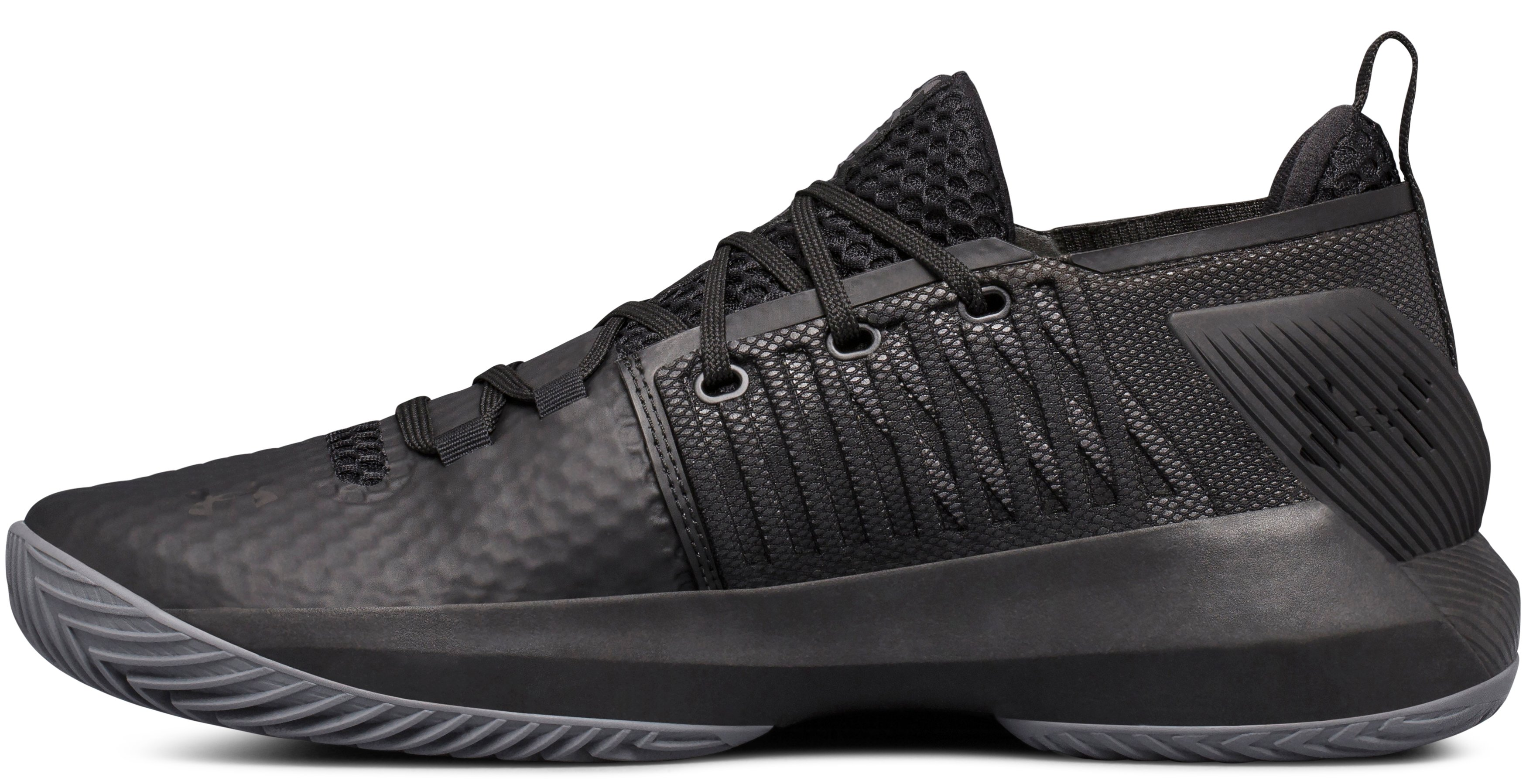 Men's UA Drive 4 Low Basketball Shoes, Black ,