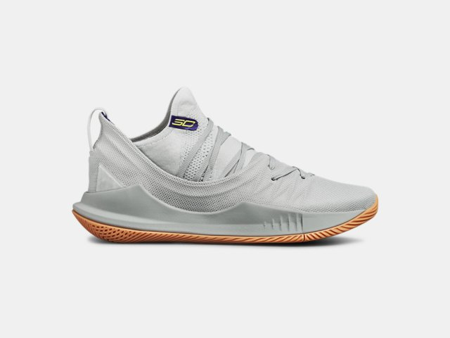 77d0ef183515 UA Curry 5 Basketball Shoes