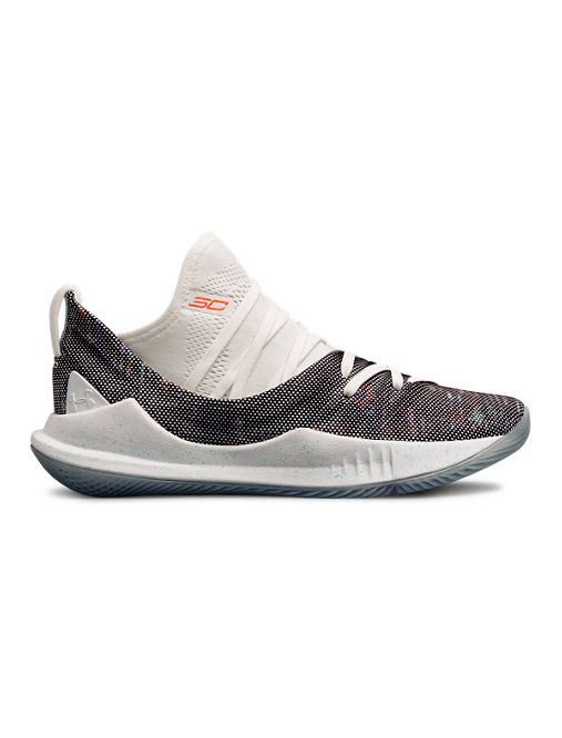 huge selection of b74ff 60546 Grade School UA Curry 5 Basketball Shoes