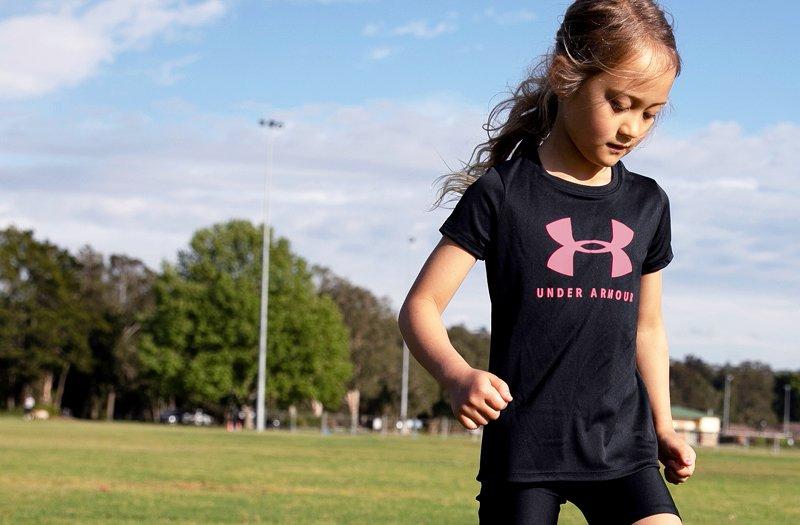 Garçons Enfants Jeunes Under Armour shirt Neuf à Manches Longues Néon Jaune Vif Taille 4