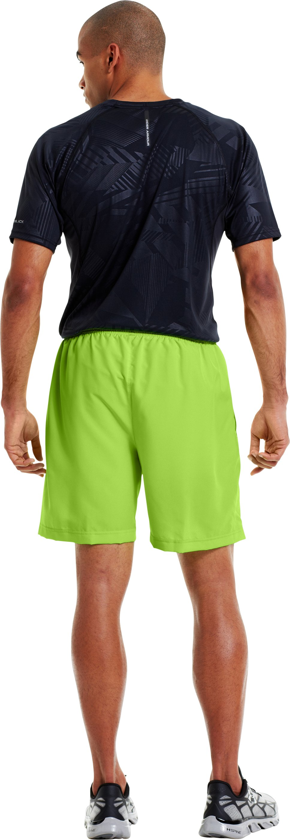 "Men's UA Escape 7"" Solid Run Shorts, HYPER GREEN, Back"