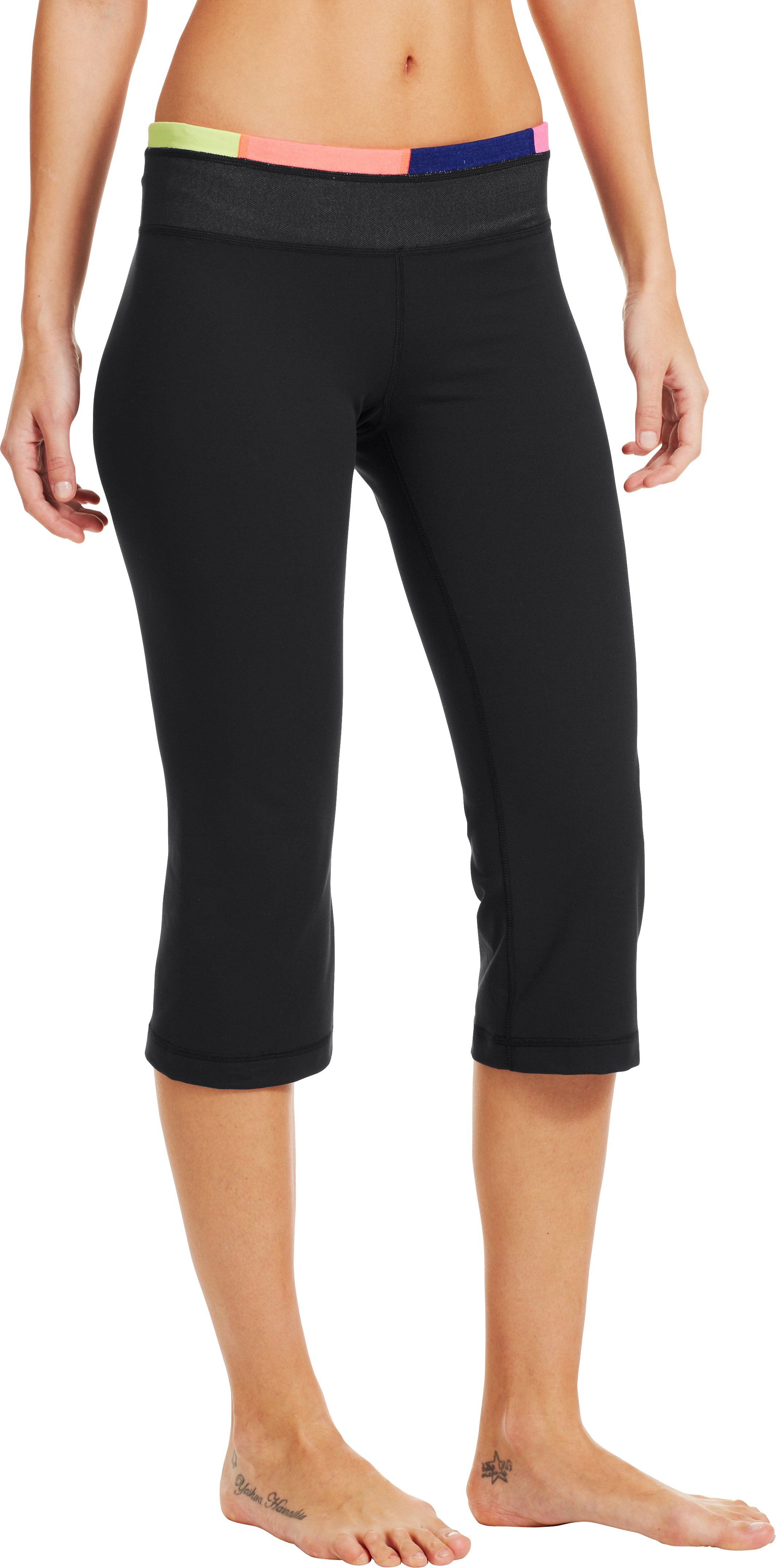 Women's UA StudioLux® Fitted Flare Capri, Black , zoomed image