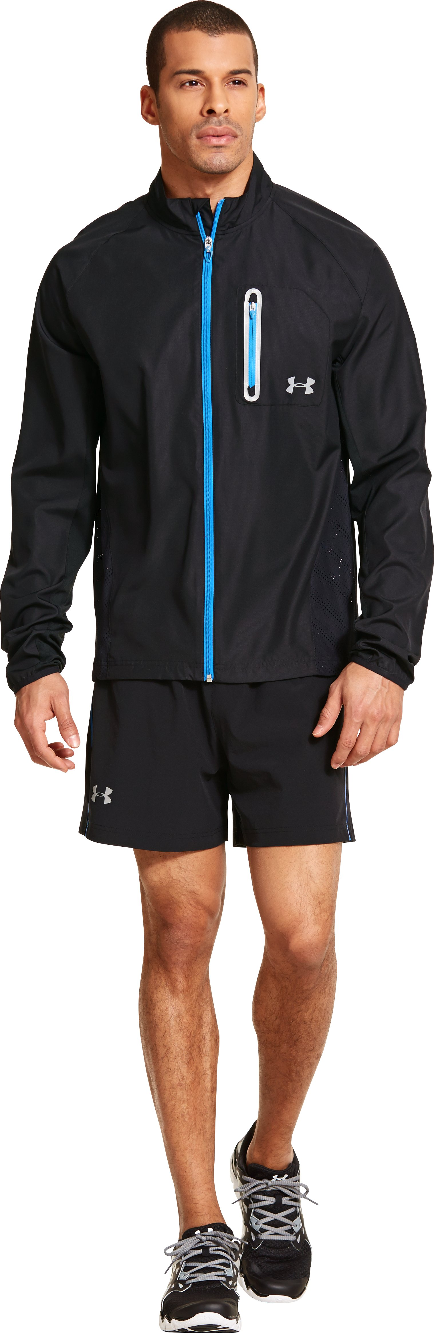 Men's ArmourVent™ Run Jacket, Black , zoomed image