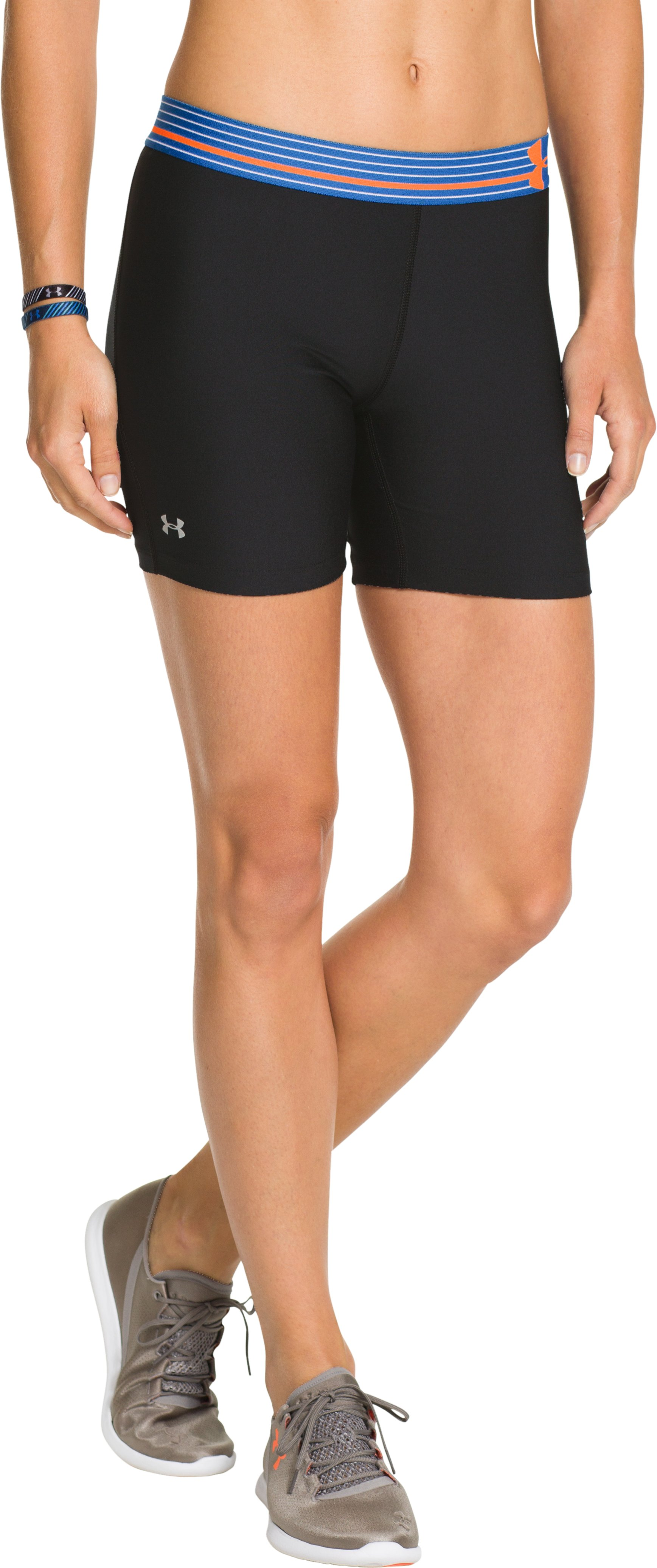 Women's UA HeatGear® Armour Middy, Black , zoomed image