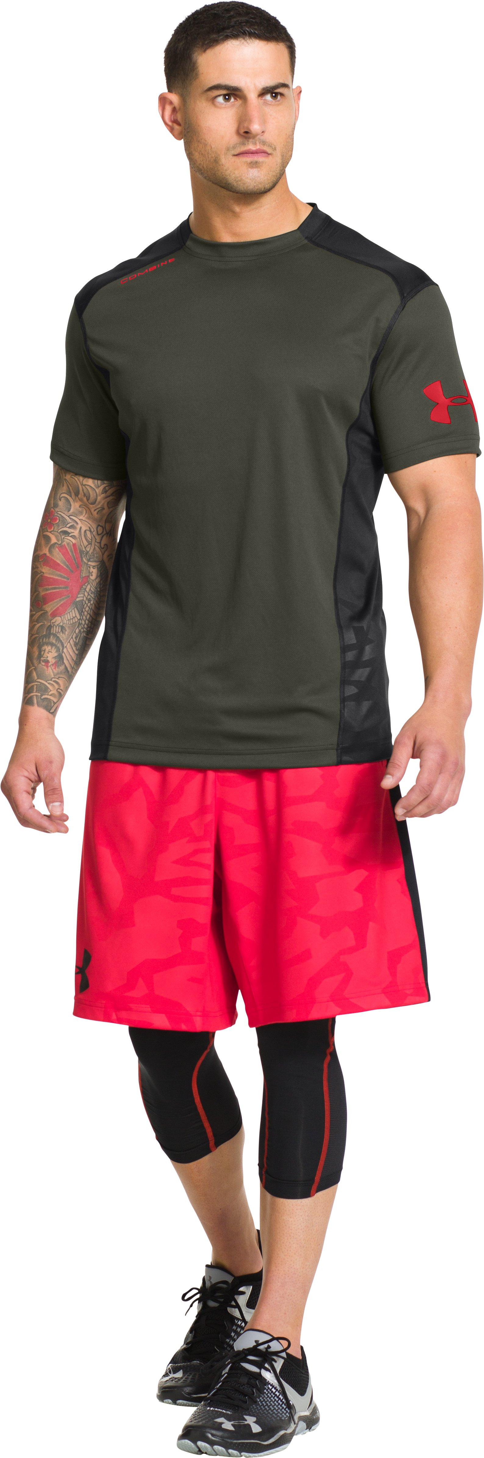 Men's UA Combine® Training Short Sleeve, Rifle Green, zoomed image