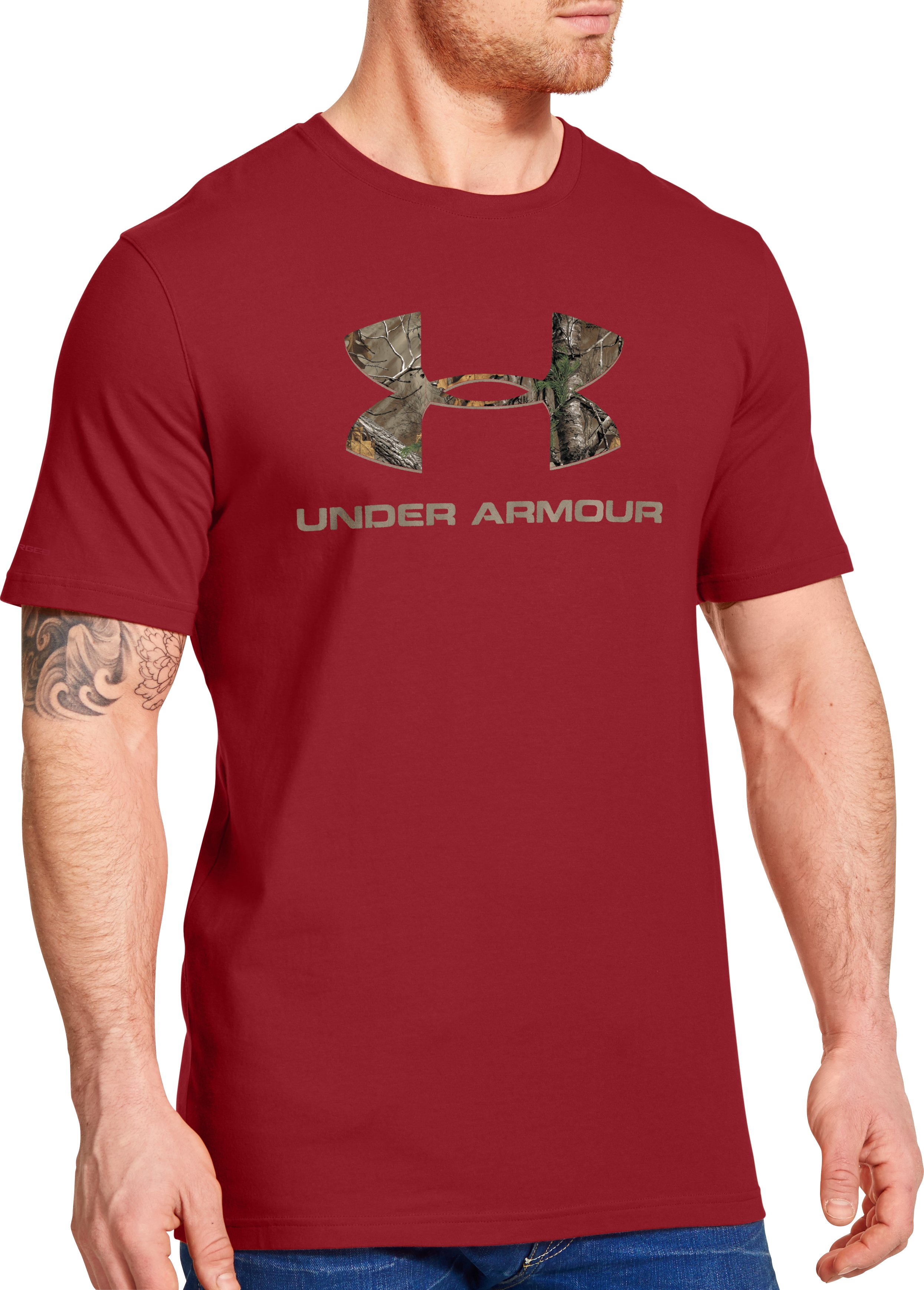 Men's UA Camo Fill Logo T-Shirt, DAREDEVIL RED, zoomed image