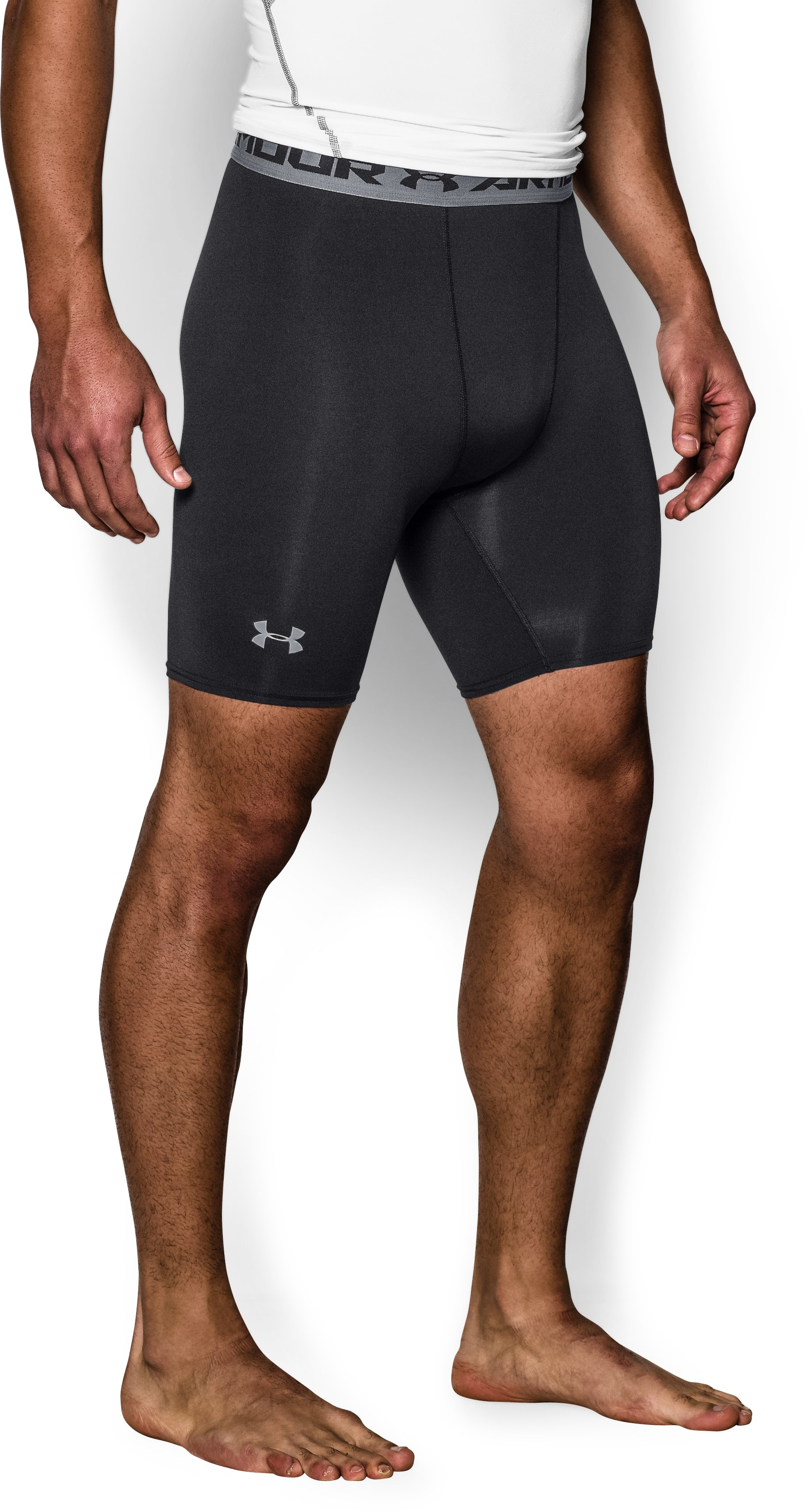 Men's UA HeatGear® Armour Compression Shorts — Mid, Black