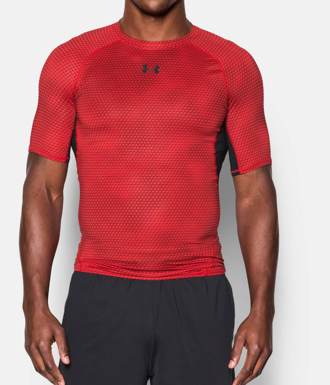 Men 39 s ua heatgear armour printed short sleeve compression for Compression tee shirts for men