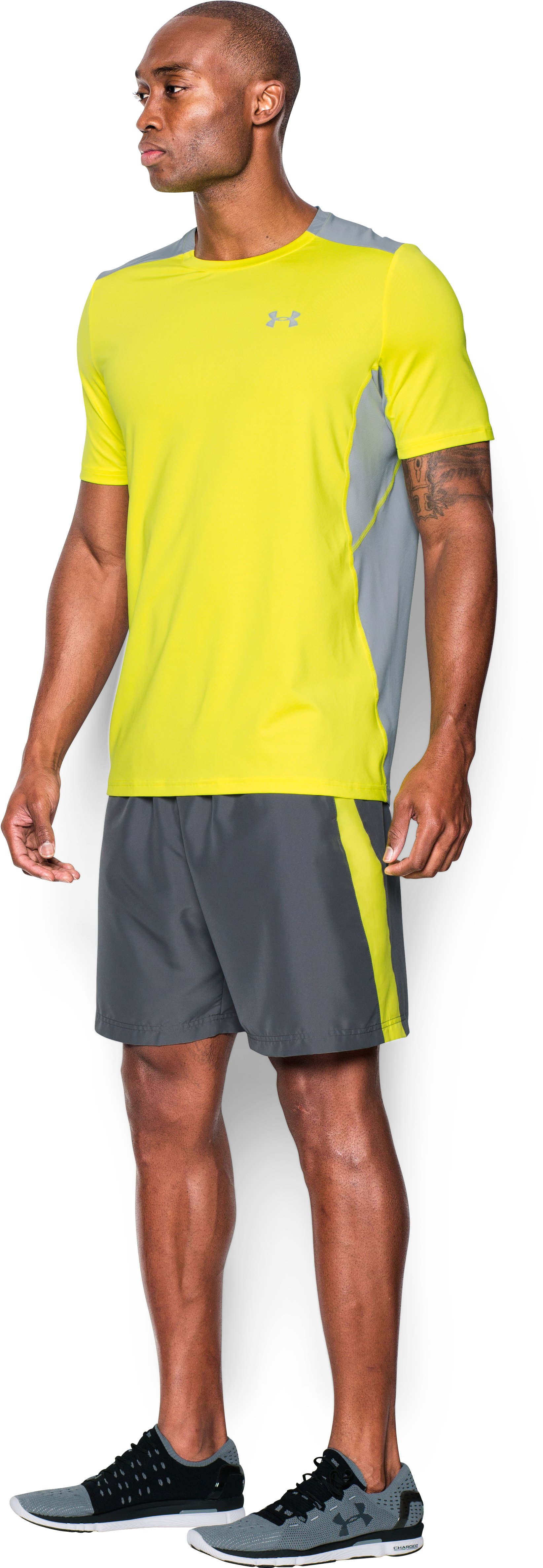 Men's UA CoolSwitch Run Short Sleeve, Flash Light, undefined