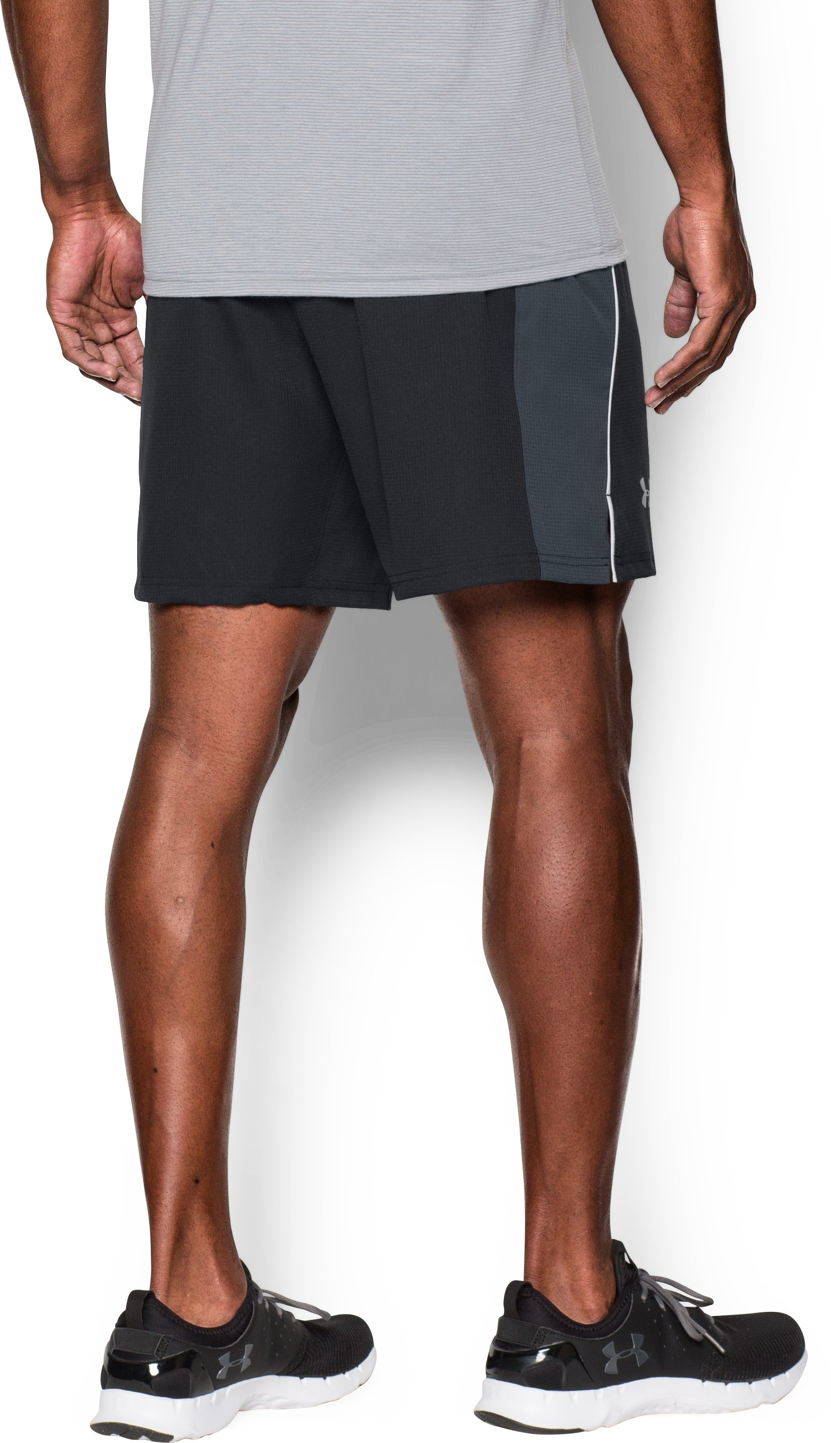 Men's UA CoolSwitch Run Shorts, Black