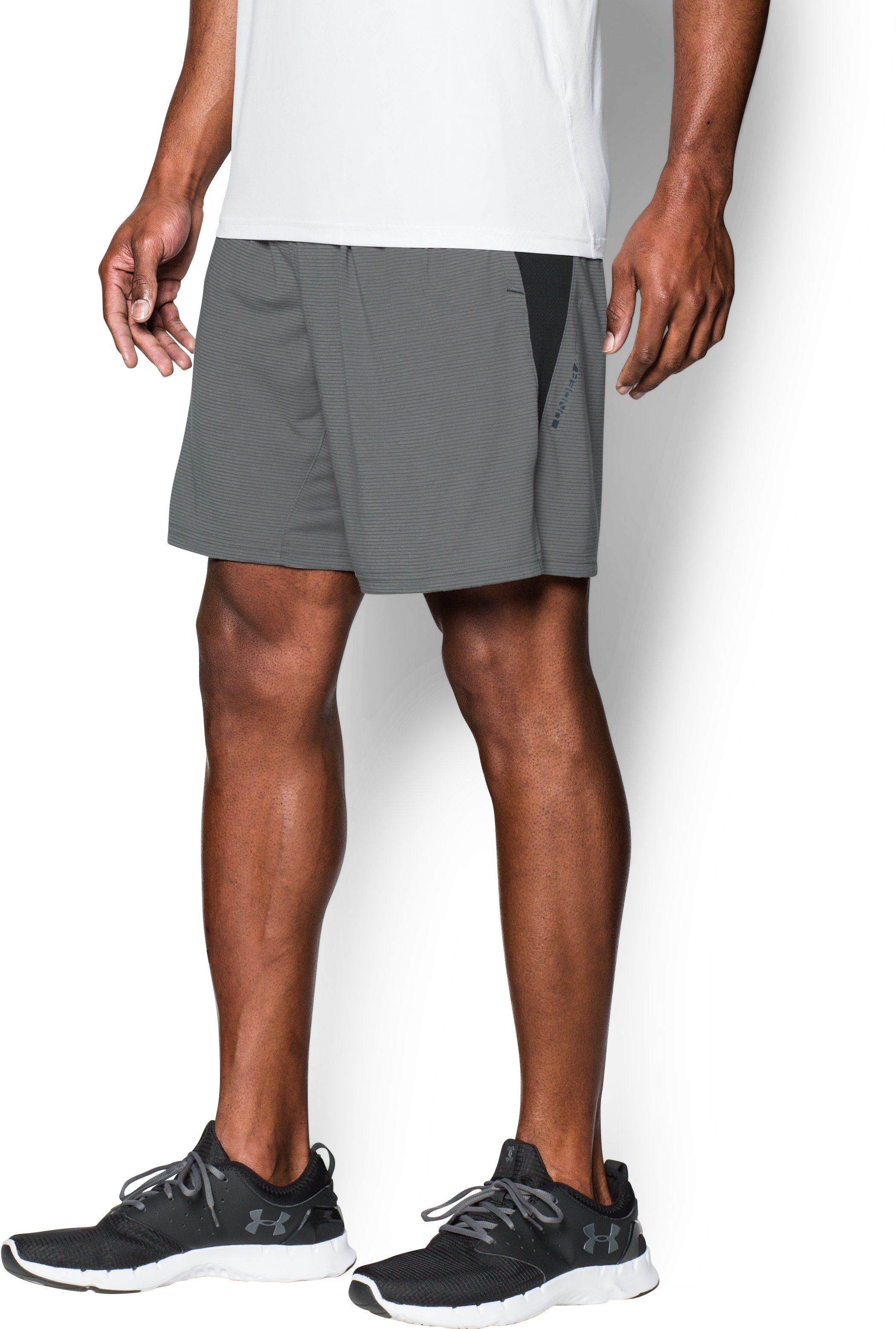 Men's UA Streaker Run Shorts, Graphite, undefined