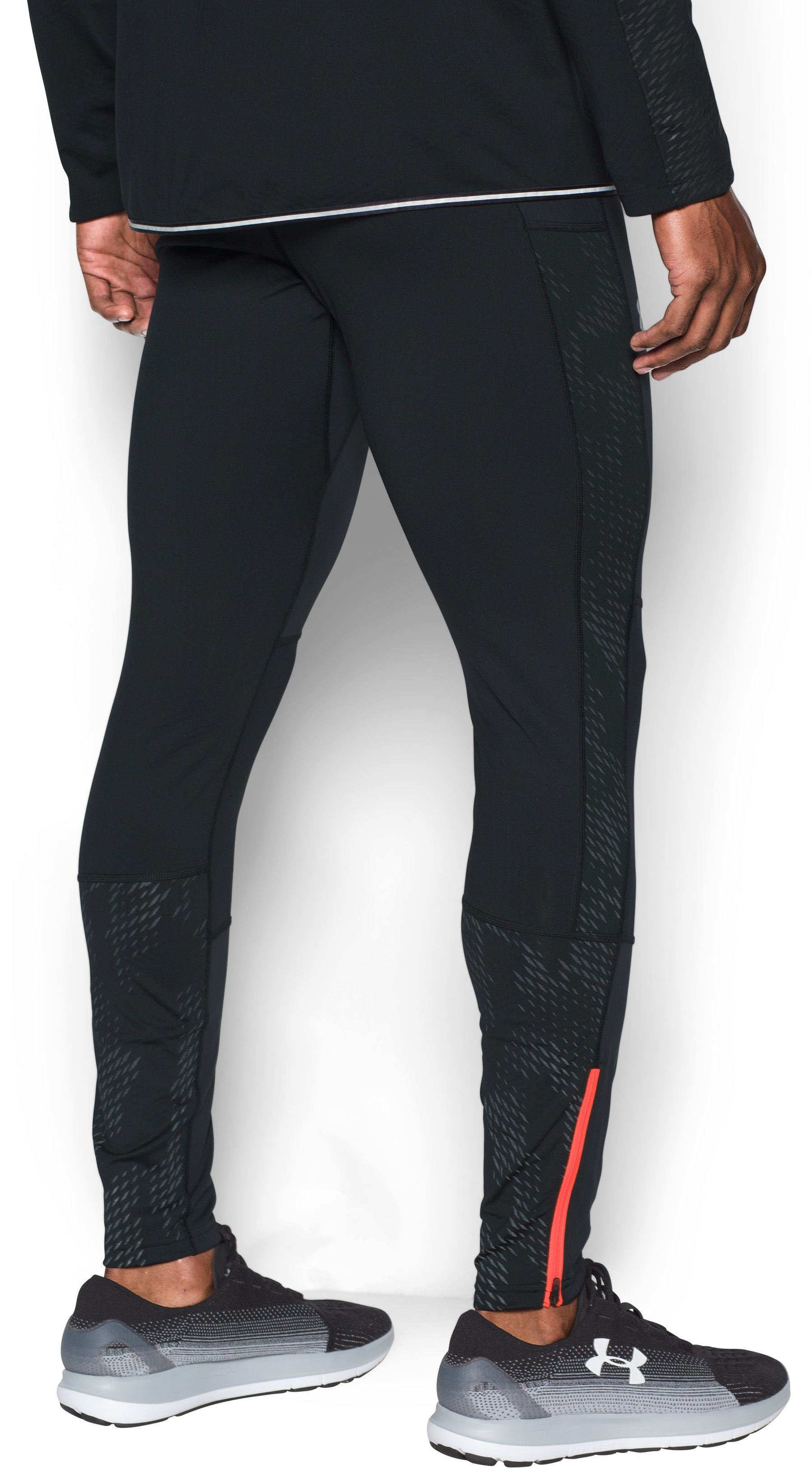 Men's UA No Breaks WINDSTOPPER® Run Leggings, Black , undefined