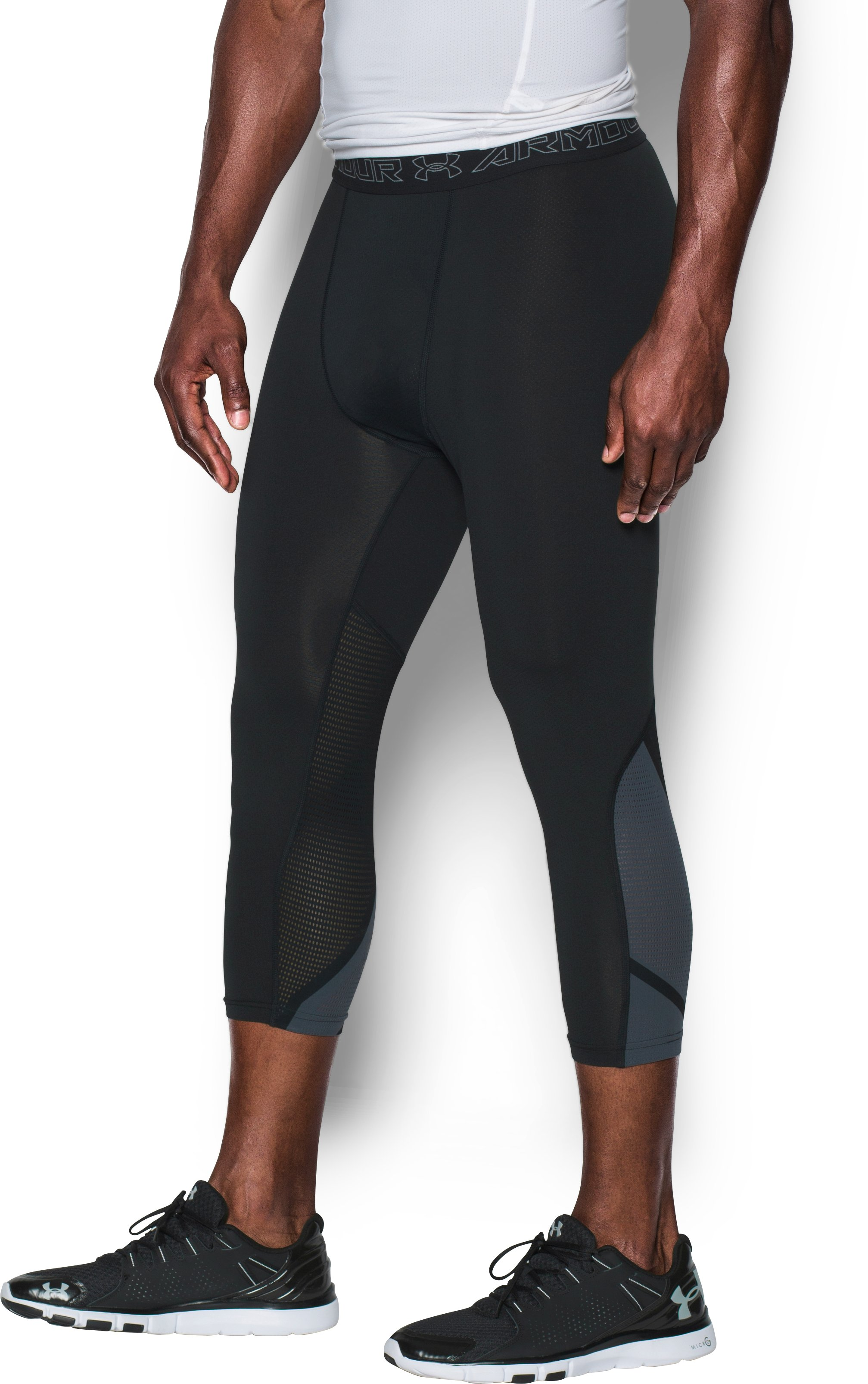 Men's UA HeatGear® Armour CoolSwitch SuperVent ¾ Leggings, Black