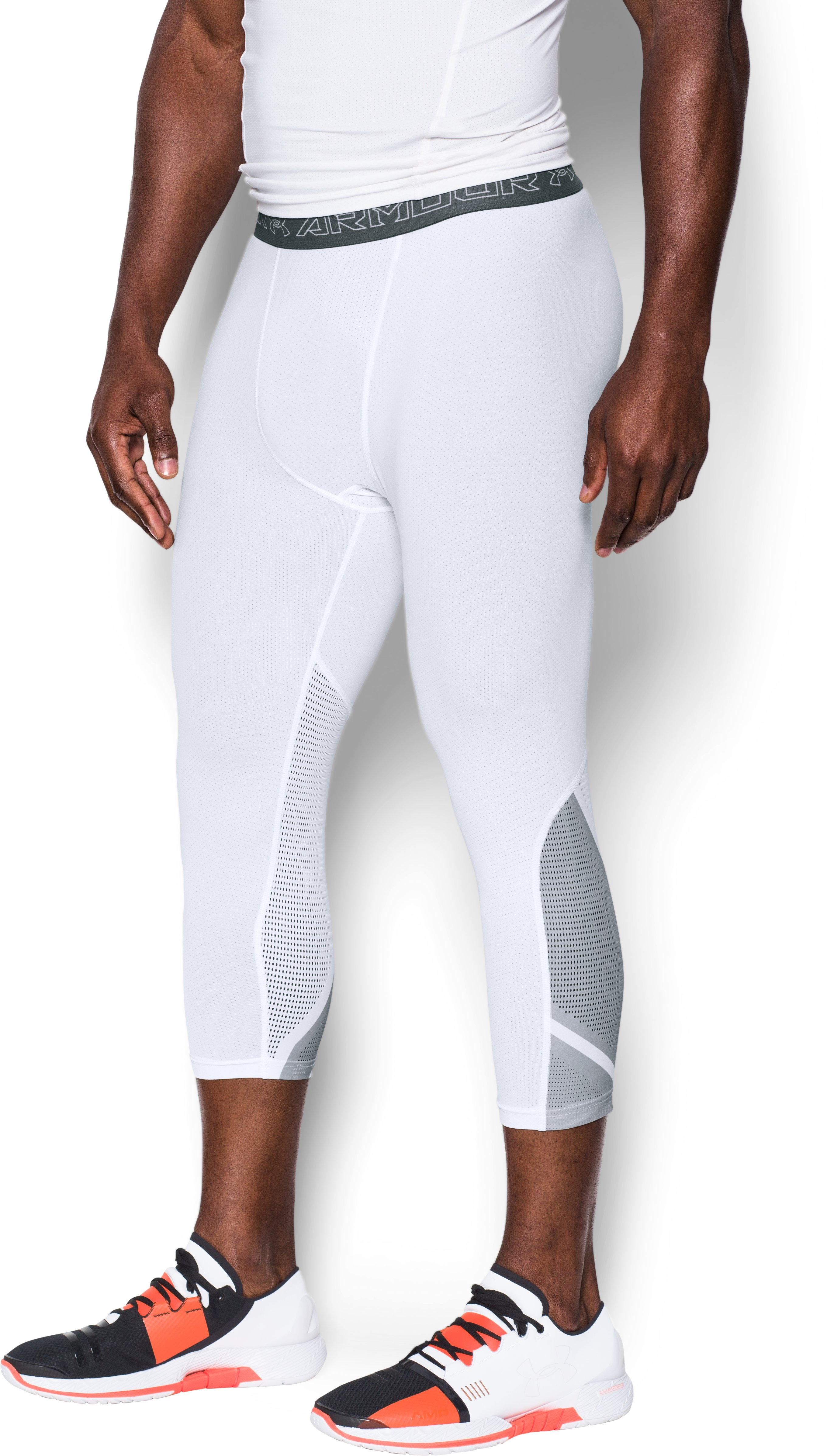 Men's UA HeatGear® Armour CoolSwitch SuperVent ¾ Leggings, White, undefined