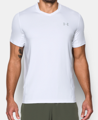 男子UA SuperVent短袖上衣