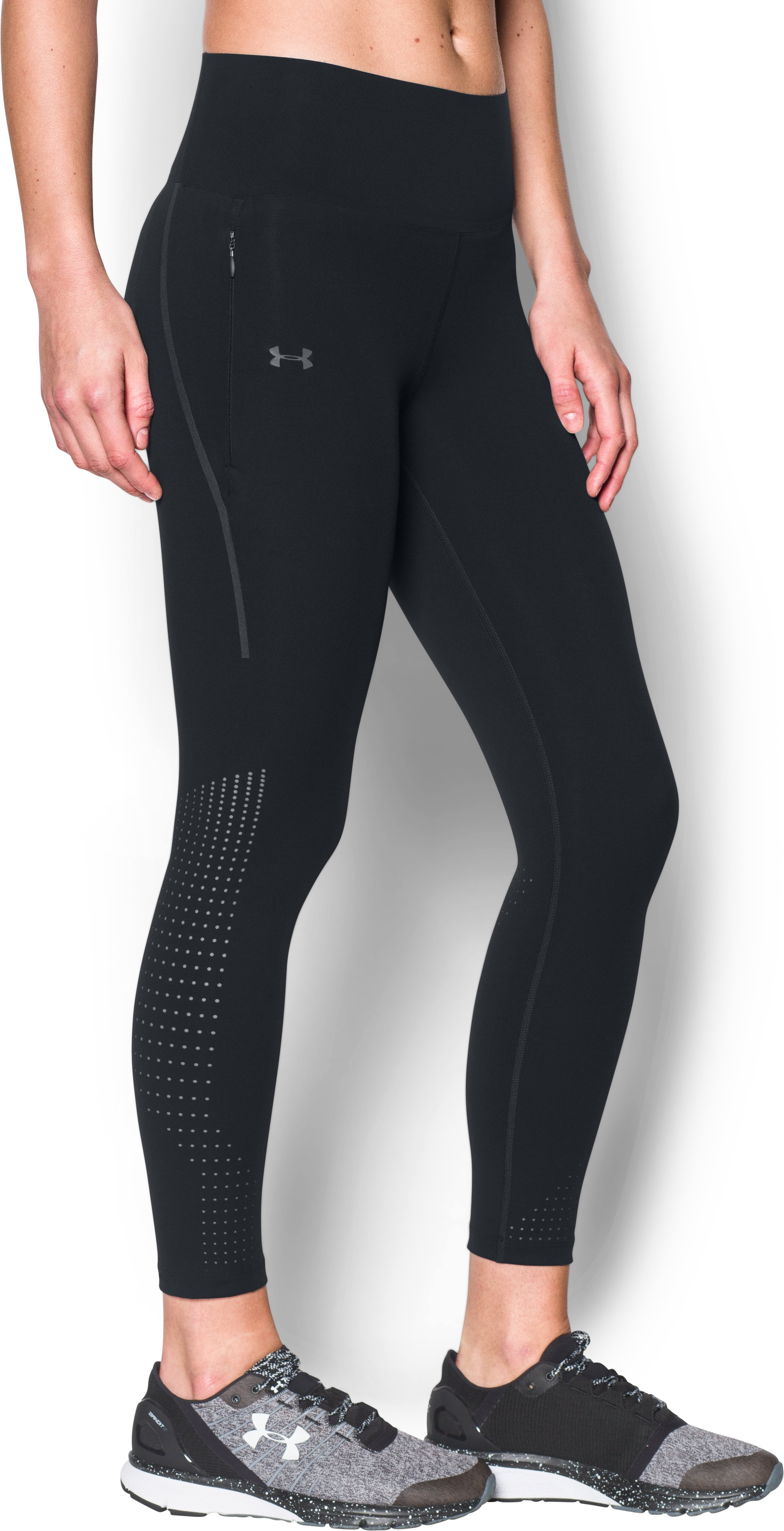 Women's UA Accelerate Engineered Crop, Black , undefined