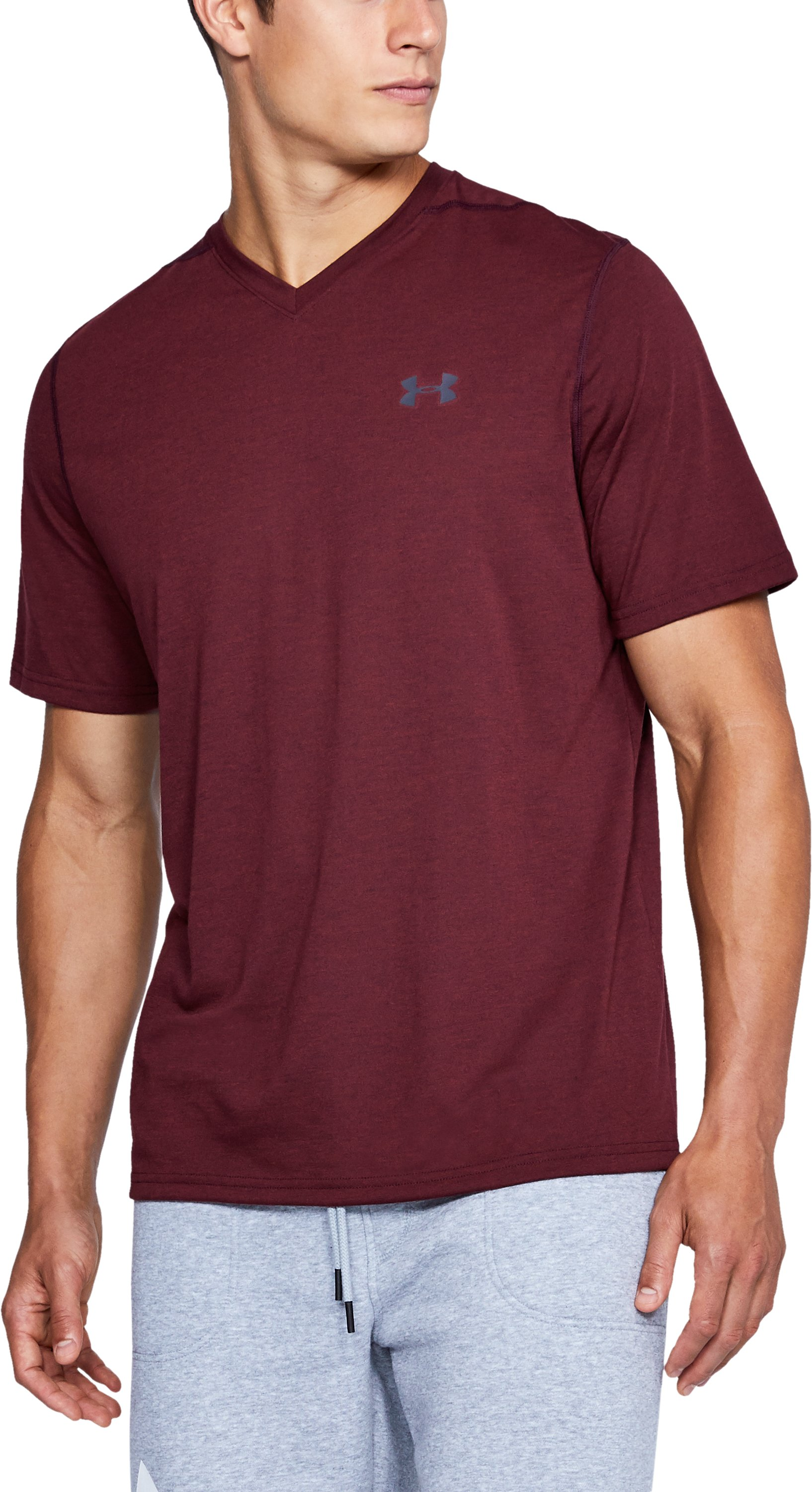 Men's UA Threadborne V-Neck T-Shirt, RAISIN RED