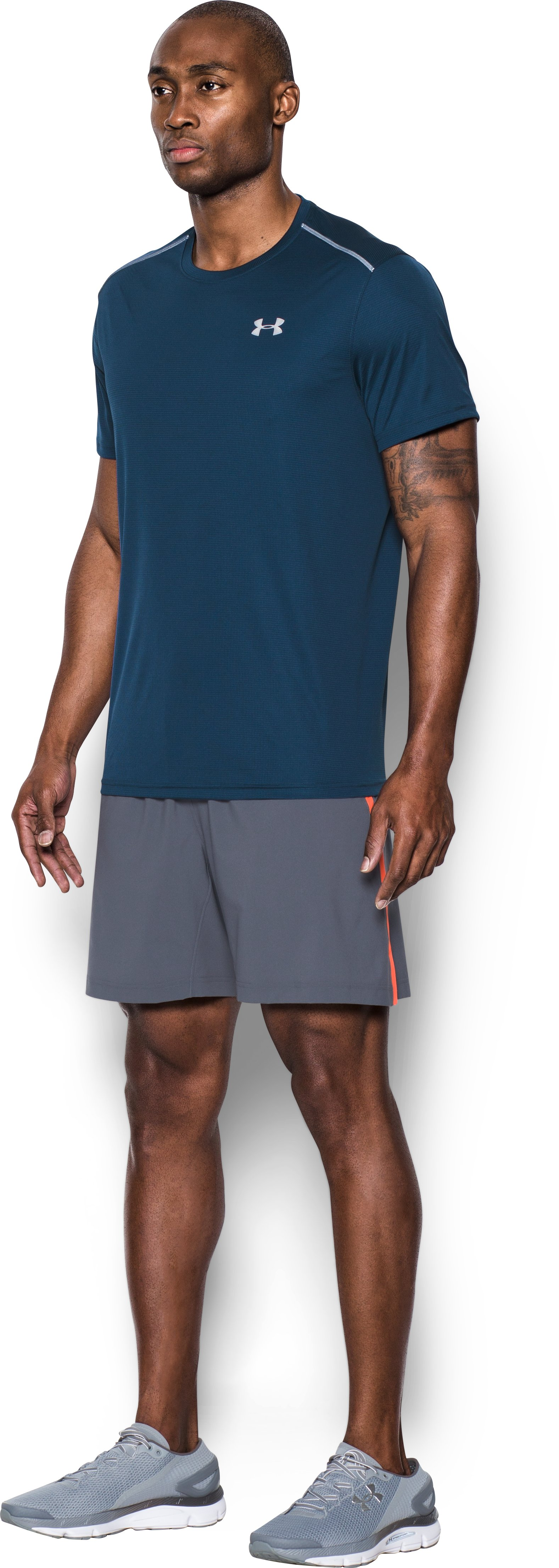 Men's UA CoolSwitch Run Short Sleeve, BLACKOUT NAVY,