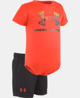 Boys' Newborn UA Hunt Big Logo Set  1 Color $27.99