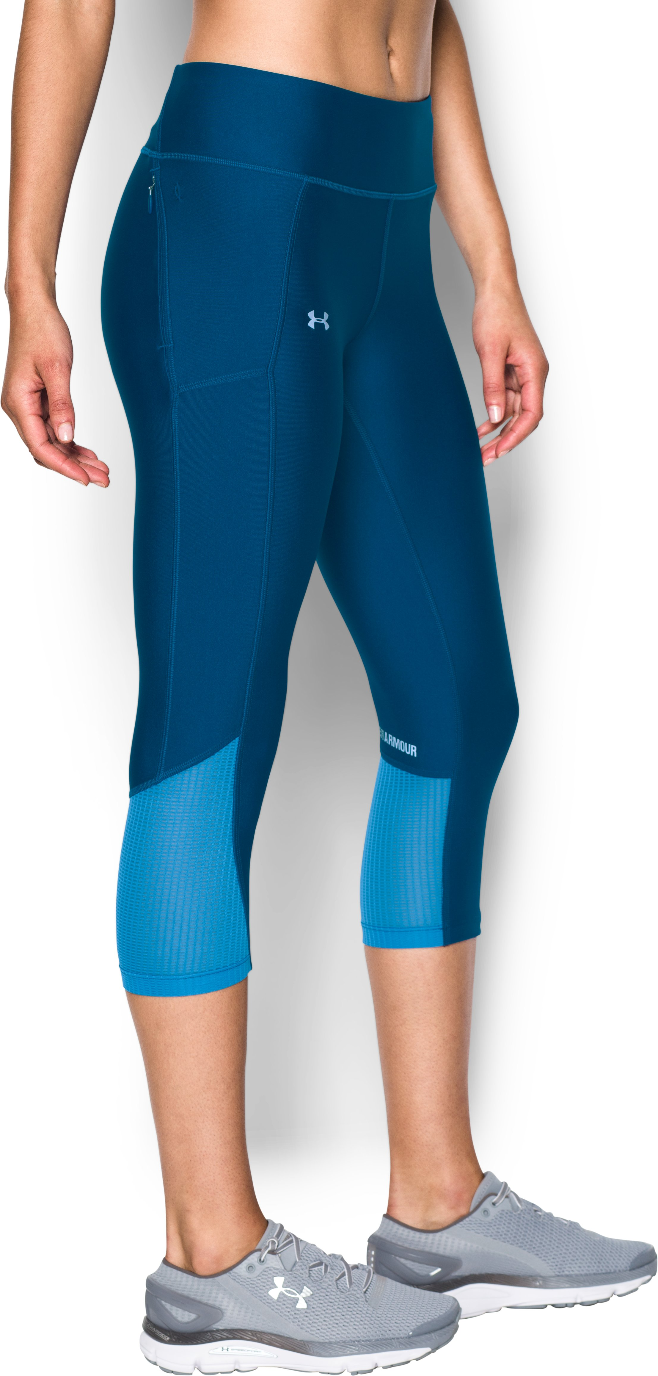 Women's UA Fly-By Capris, HERON, undefined