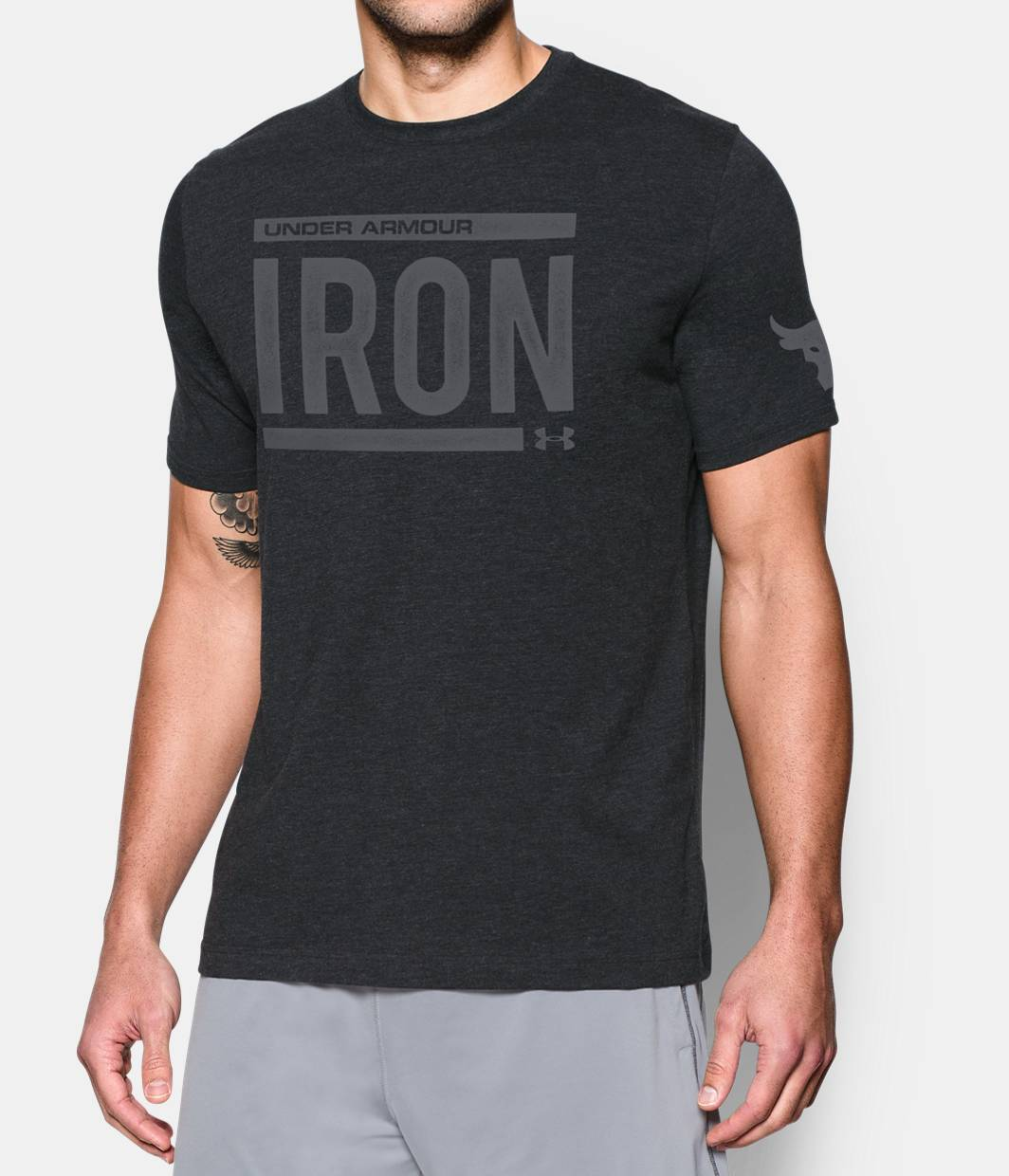 T black shirt rock - Men S Ua X Project Rock Iron T Shirt Black Zoomed Image