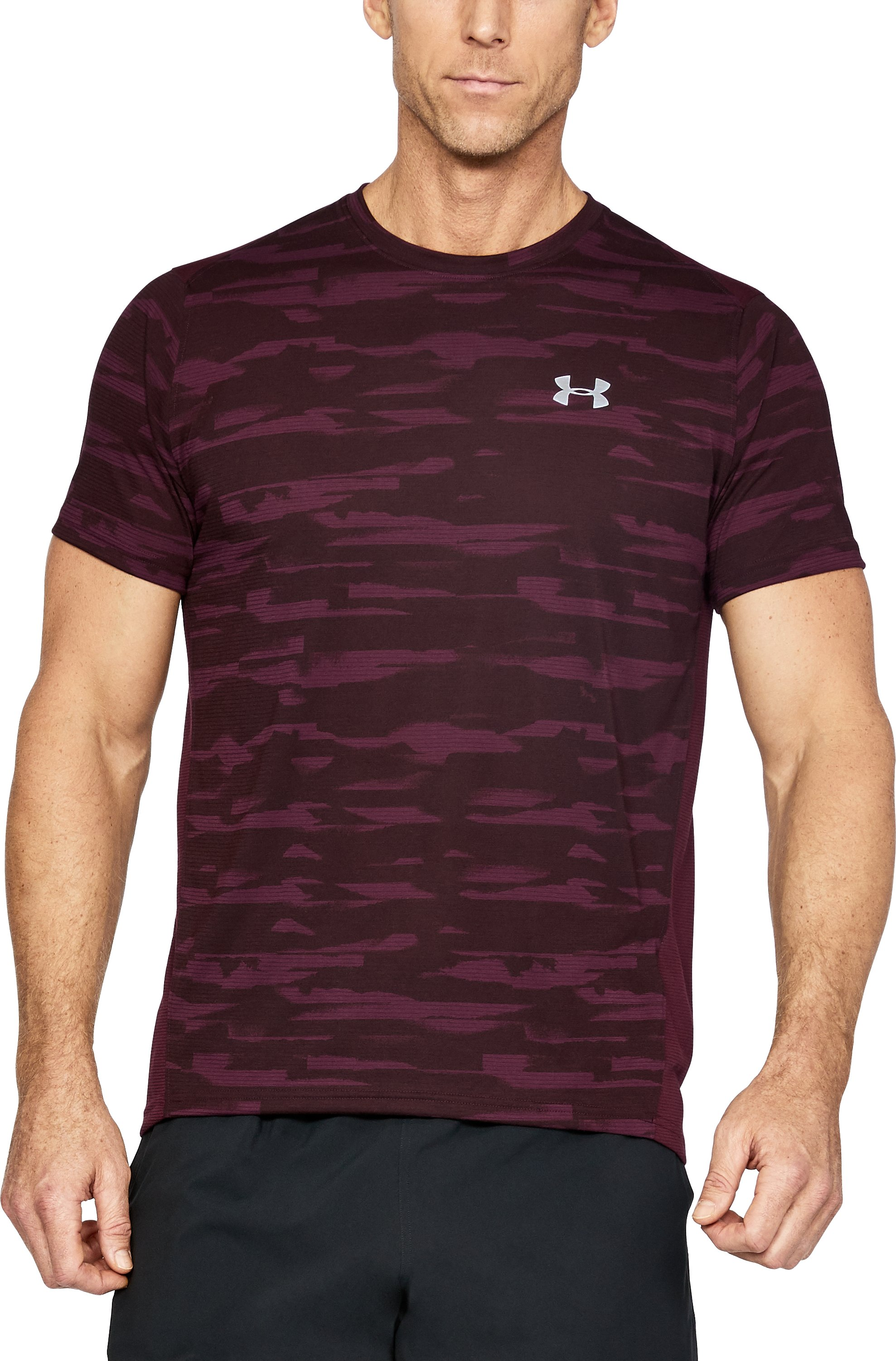 Men's UA Threadborne™ Run Mesh Short Sleeve, RAISIN RED