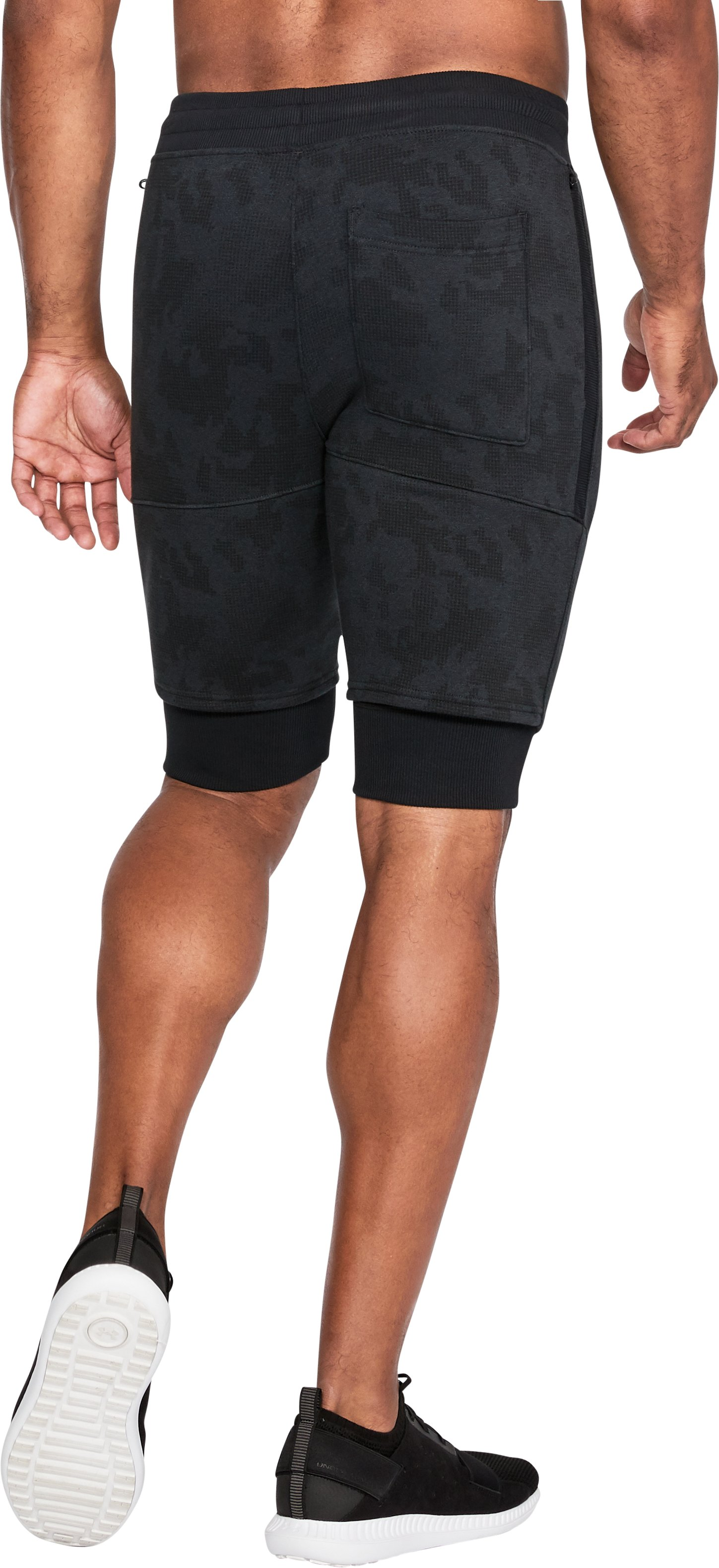 Men's UA Threadborne™ Fleece Shorts, Black ,