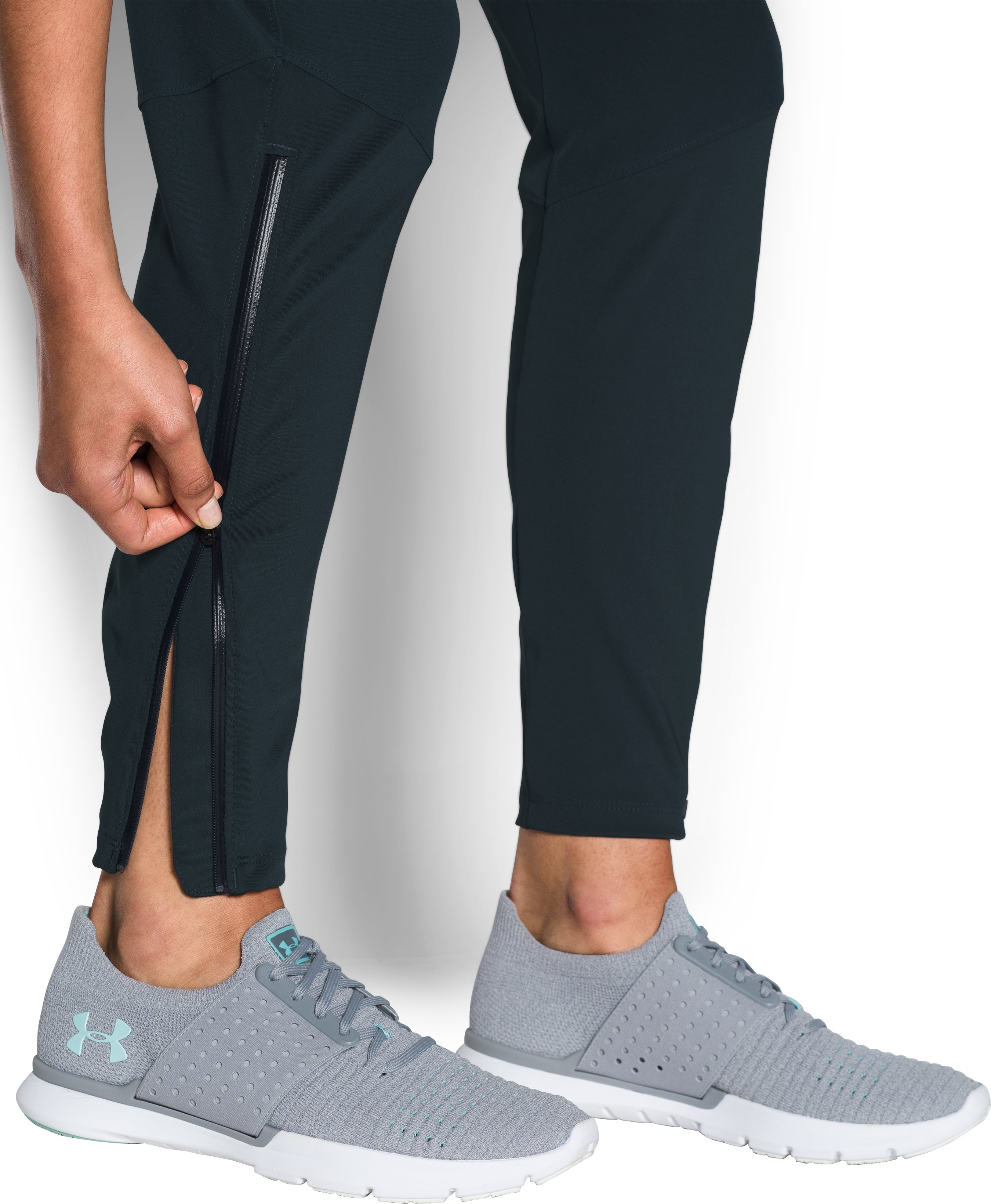 Women's UA Pick Up The Pace Hybrid Pants, TRUE INK, undefined