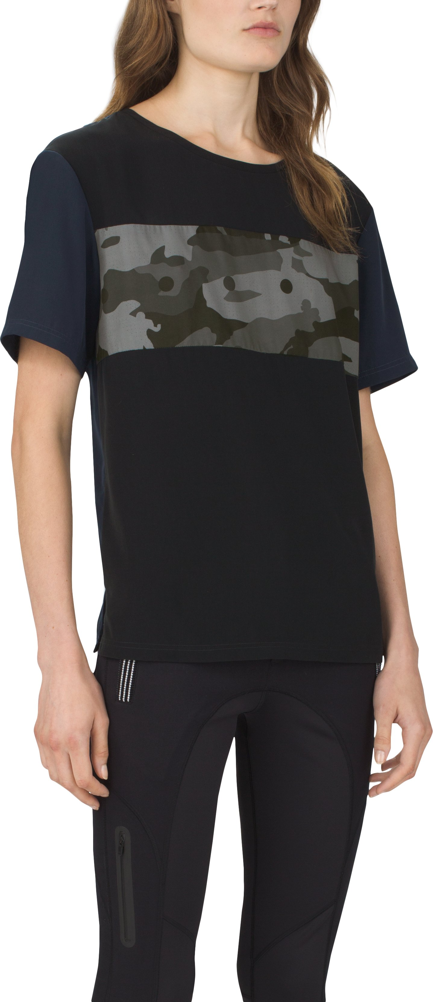 Women's UAS Downtown Camo Graphic Flowy Crew, Black , zoomed image