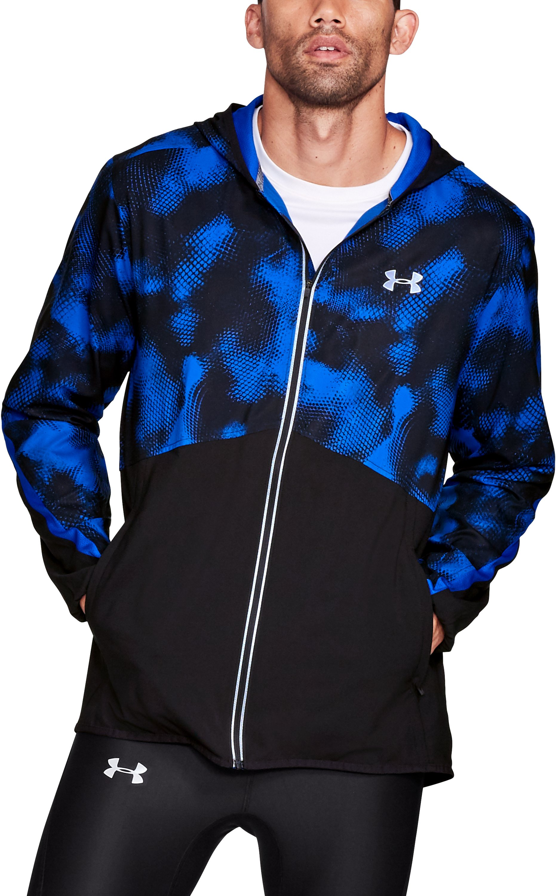 cold weather running jackets Men's UA Run True Printed Jacket Reflective logos for greater <strong>visibility</strong> on <strong>low-light runs</strong>