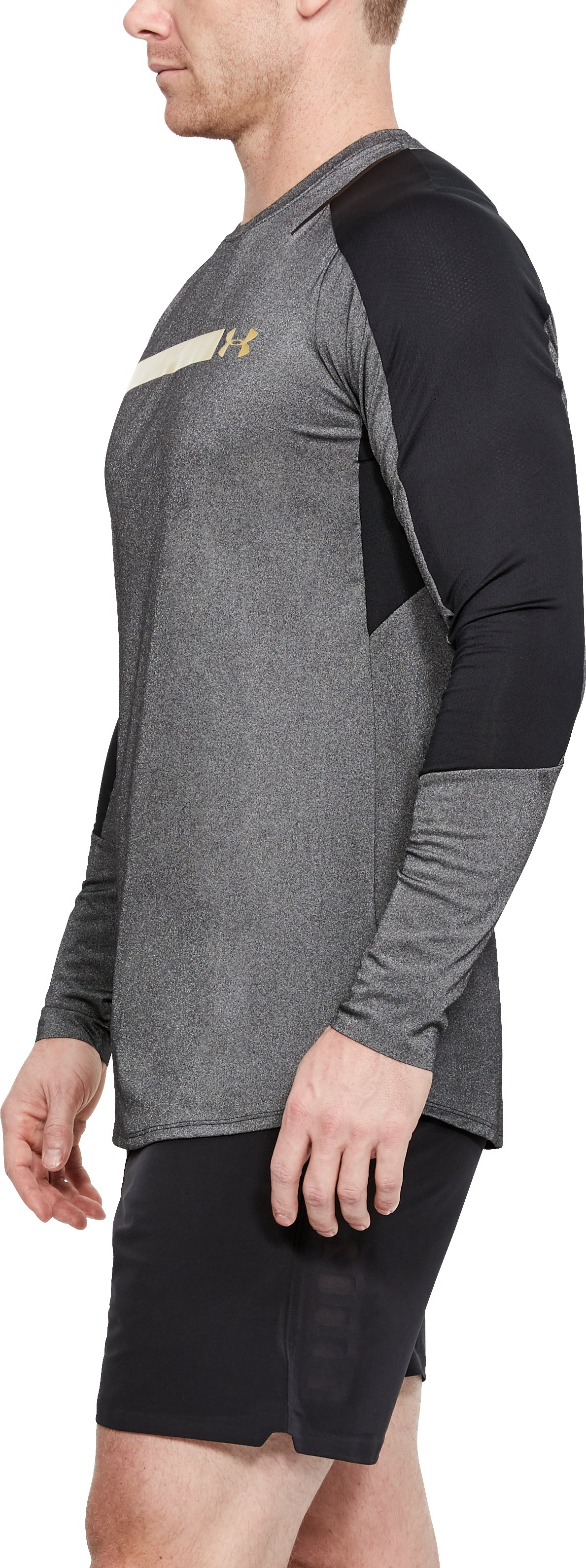 Men's UA Perpetual Fitted Long Sleeve, Black ,