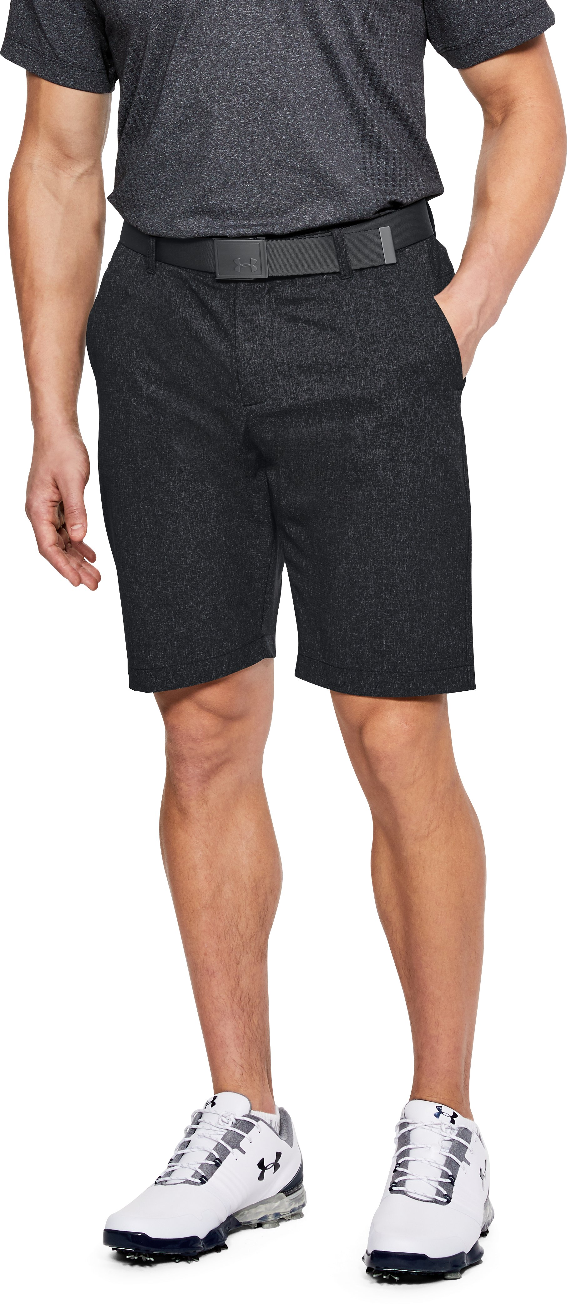 Men's UA Showdown Vented Shorts Tapered, Black , undefined