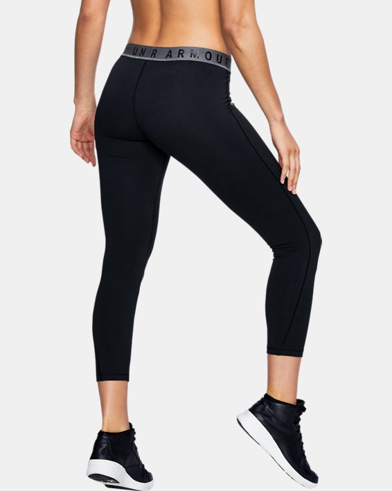 Women's UA Favorite Crop, Black, pdpMainDesktop image number 2
