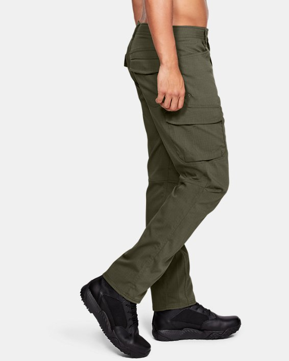 Men's UA Enduro Cargo Pants, Green, pdpMainDesktop image number 3