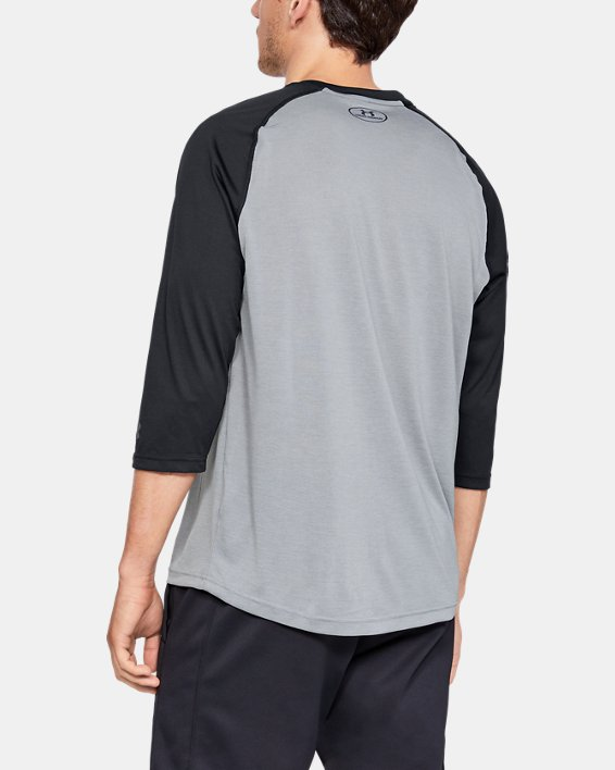 Men's UA Bullpen ¾ Shirt, Gray, pdpMainDesktop image number 2