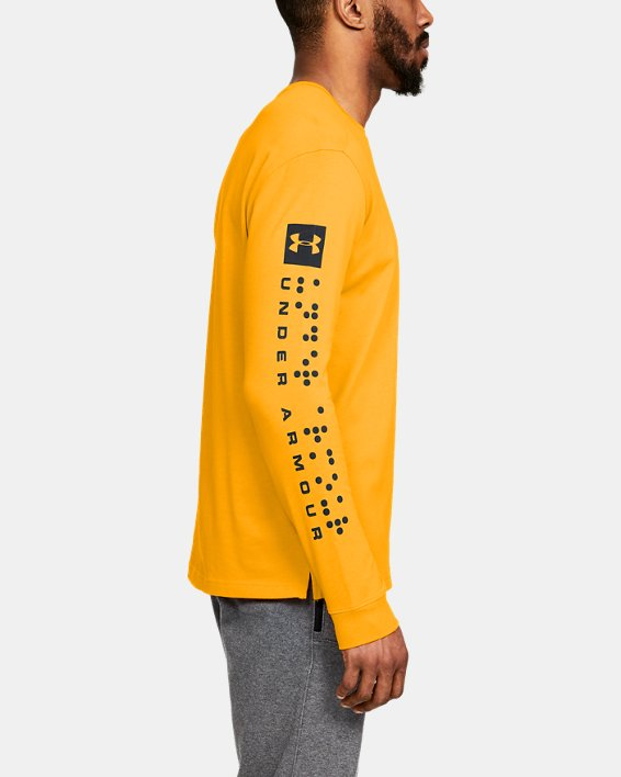 Men's UA Pursuit Long Sleeve, Orange, pdpMainDesktop image number 3