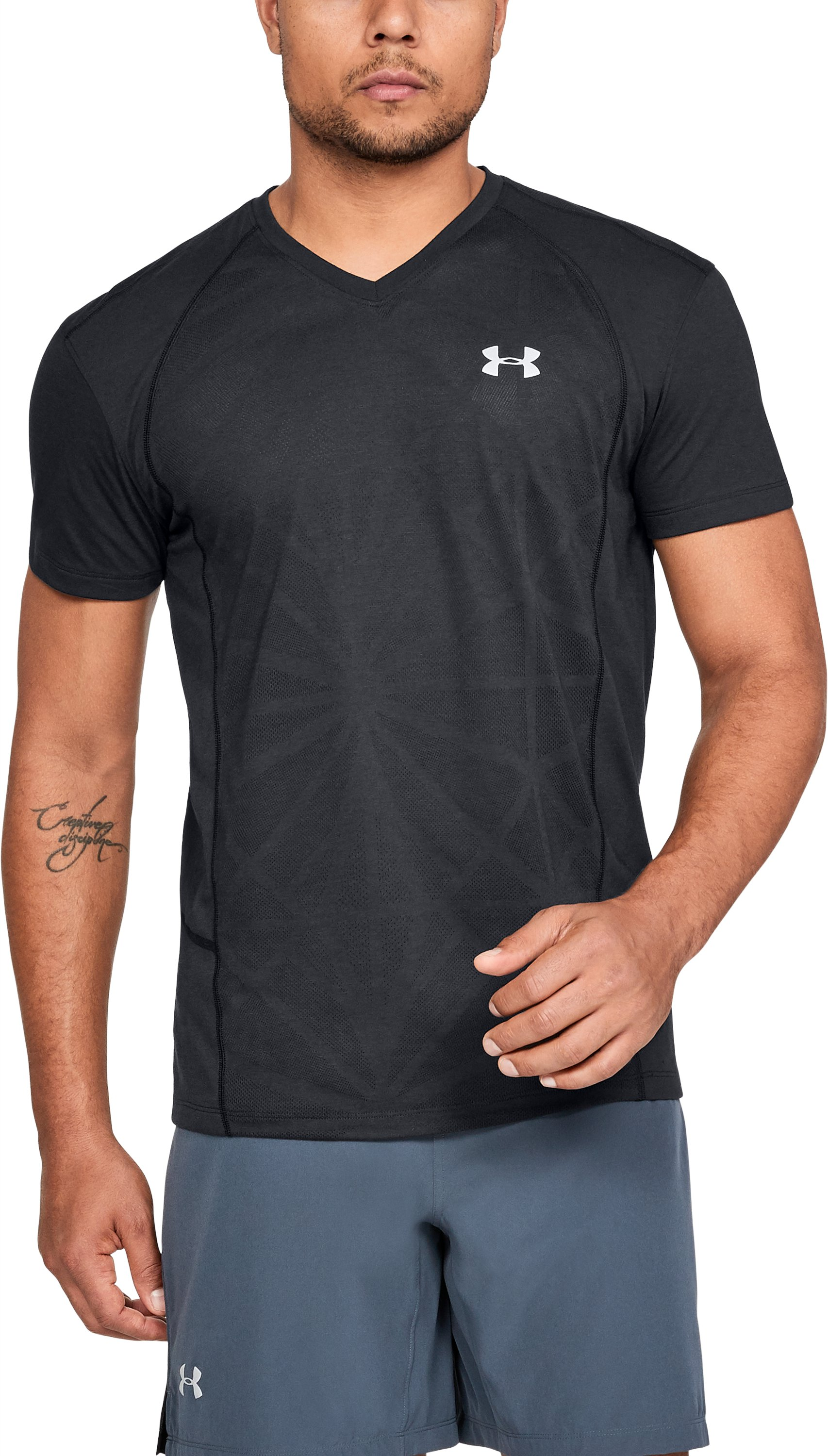 Men's UA Swyft V-neck, Black , undefined