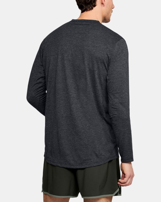 Men's UA Microthread Long Sleeve, Black, pdpMainDesktop image number 2