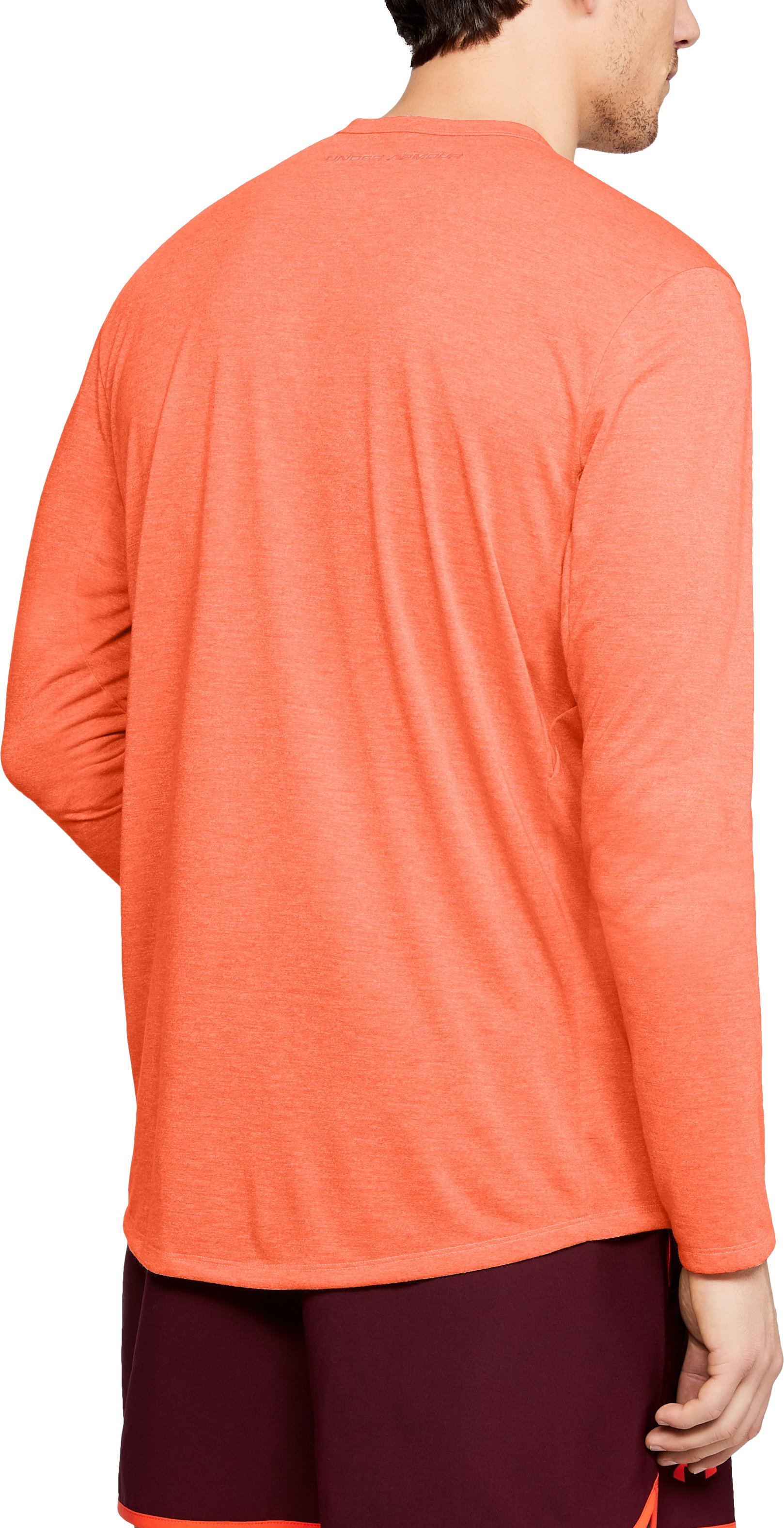 Men's UA Microthread Long Sleeve, MAGMA ORANGE,