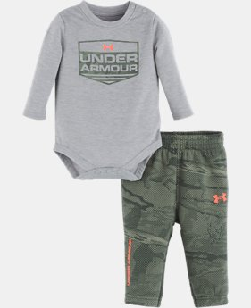 New Arrival  Boys' Newborn UA Reaper Logo Set  1  Color Available $40
