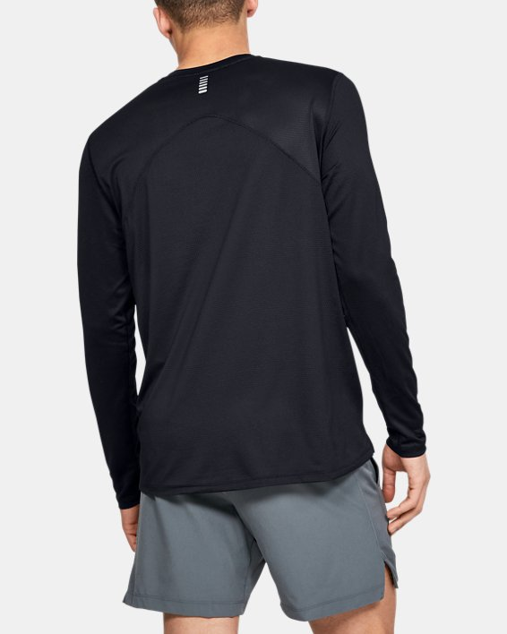 Men's UA Qualifier Long Sleeve, Black, pdpMainDesktop image number 2