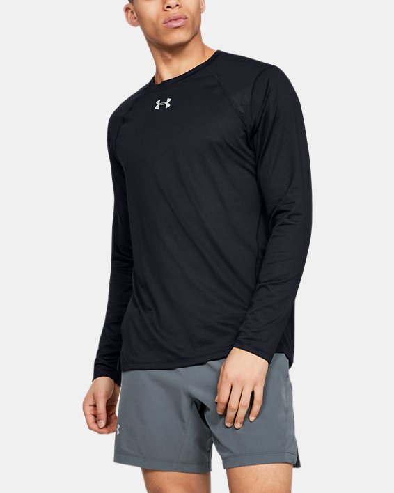 Men's UA Qualifier Long Sleeve, Black, pdpMainDesktop image number 0