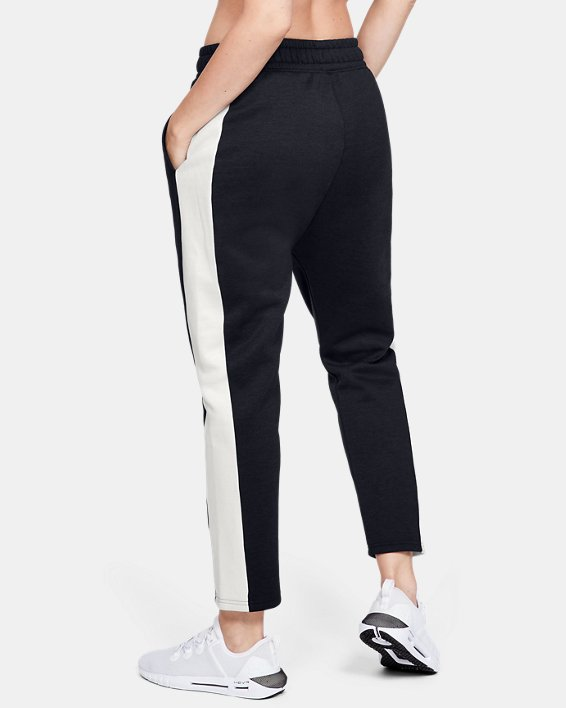 Women's UA RECOVER™ Fleece Pants, Black, pdpMainDesktop image number 2